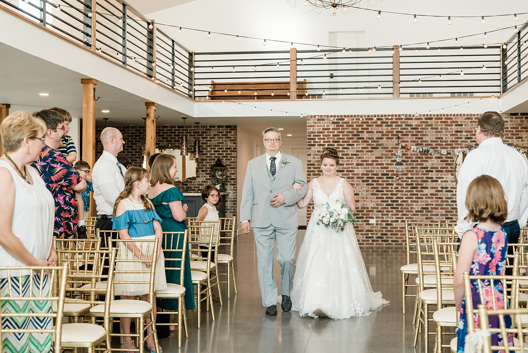 Intimate Summer Wedding at Emerson Fields by Kelsi Kliethermes Photography Best Missouri and Maui Wedding Photographer_0003.jpg