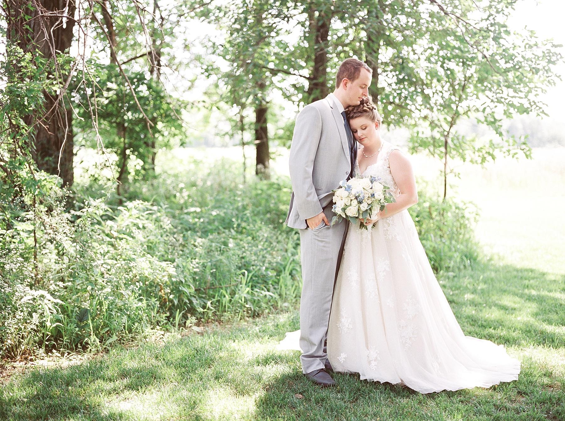 Intimate Summer Wedding at Emerson Fields by Kelsi Kliethermes Photography Best Missouri and Maui Wedding Photographer_0016.jpg