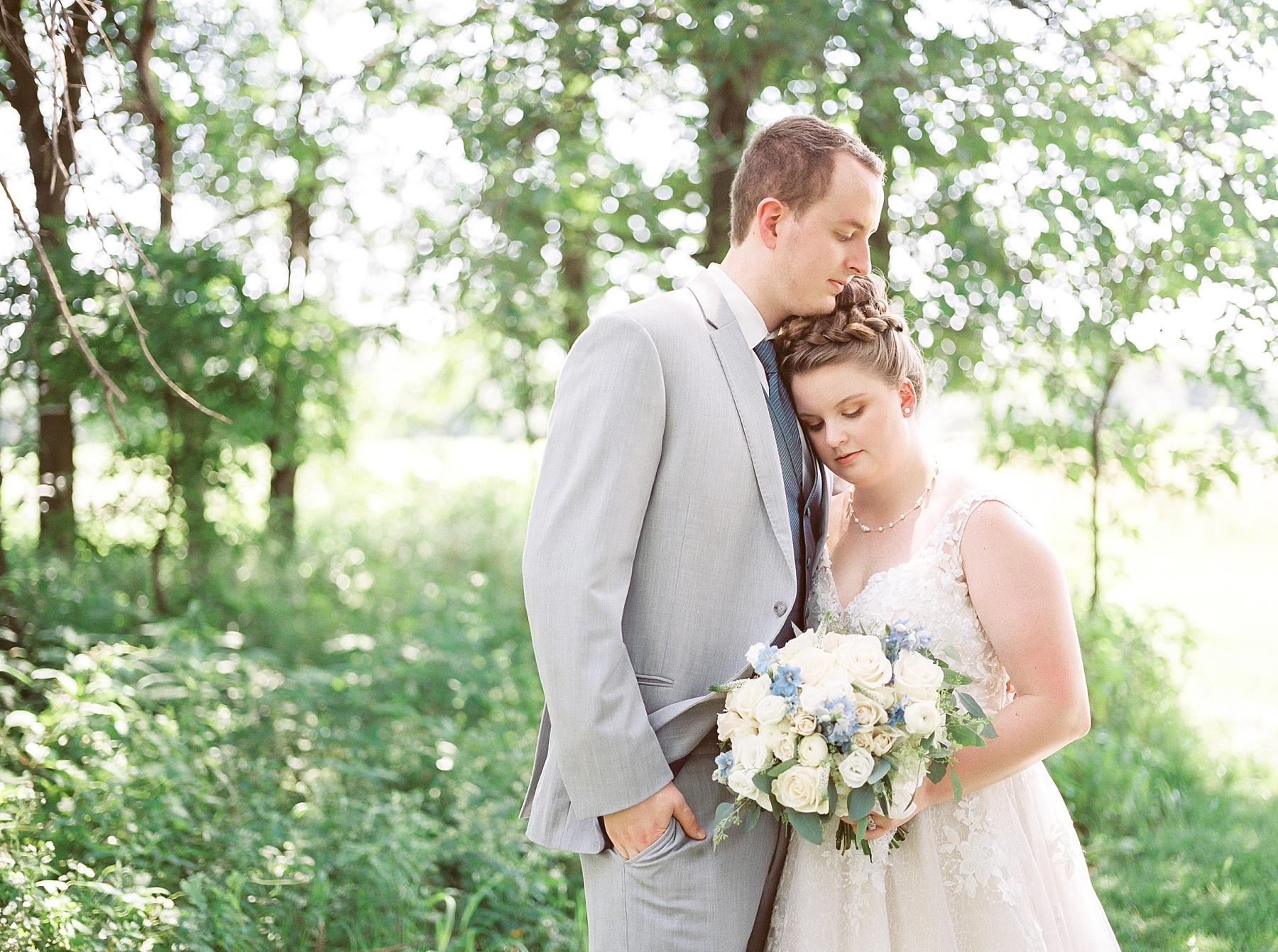Intimate Summer Wedding at Emerson Fields by Kelsi Kliethermes Photography Best Missouri and Maui Wedding Photographer_0017.jpg