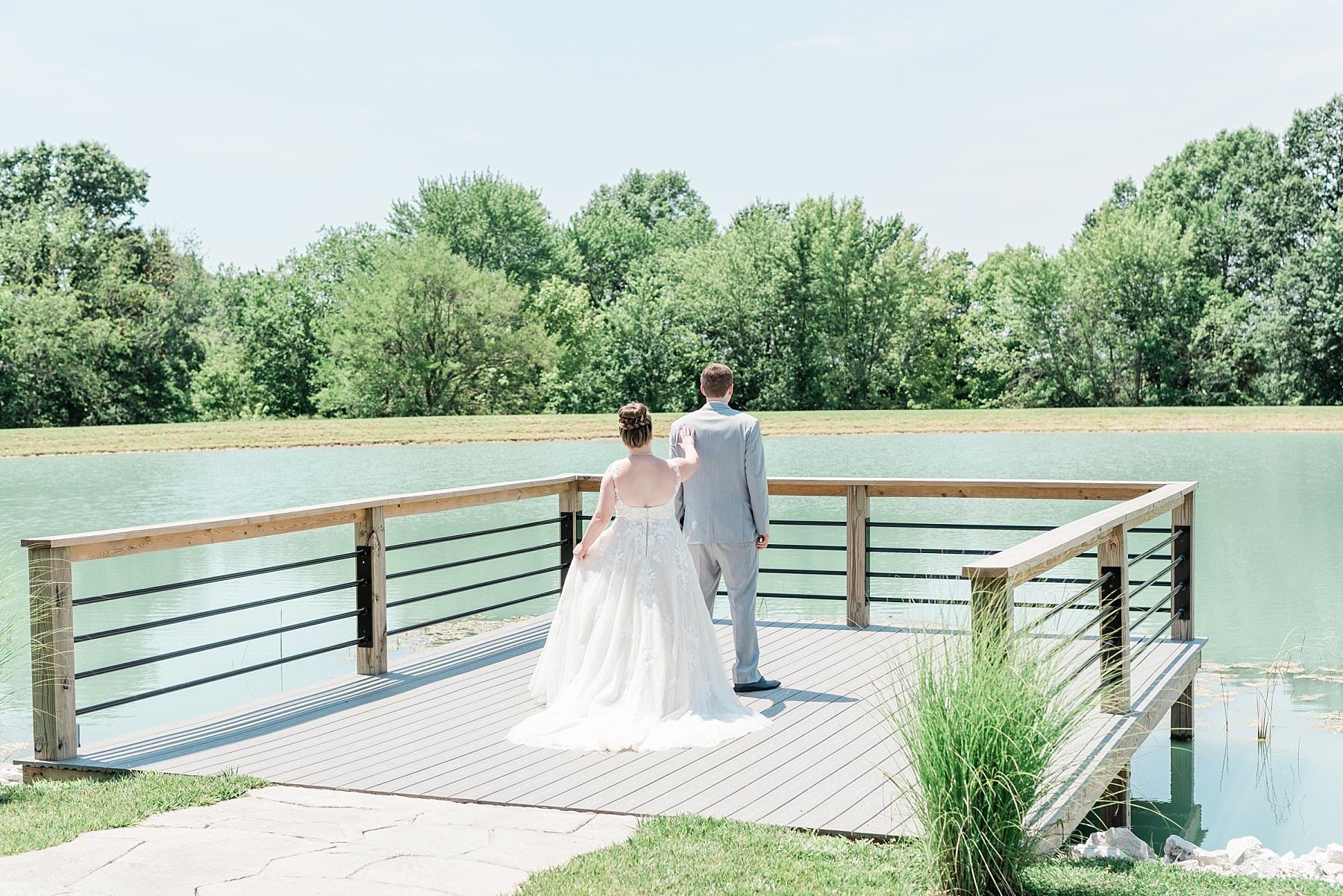 Intimate Summer Wedding at Emerson Fields by Kelsi Kliethermes Photography Best Missouri and Maui Wedding Photographer_0025.jpg