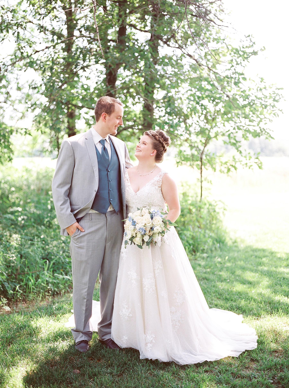 Intimate Summer Wedding at Emerson Fields by Kelsi Kliethermes Photography Best Missouri and Maui Wedding Photographer_0043.jpg