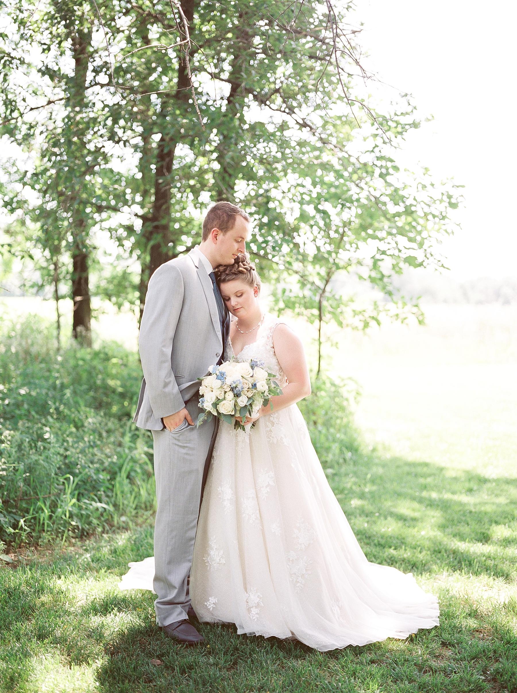 Intimate Summer Wedding at Emerson Fields by Kelsi Kliethermes Photography Best Missouri and Maui Wedding Photographer_0044.jpg