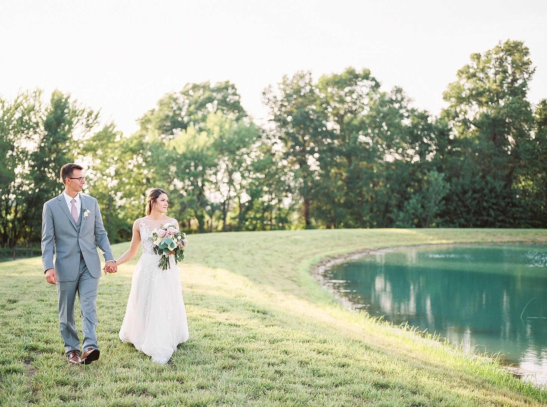 Classic Quartz, White, and Deep Green Wedding at Emerson Fields by Kelsi Kliethermes Photography Best Columbia Missouri and Maui Hawaii Wedding Photographer_0027.jpg