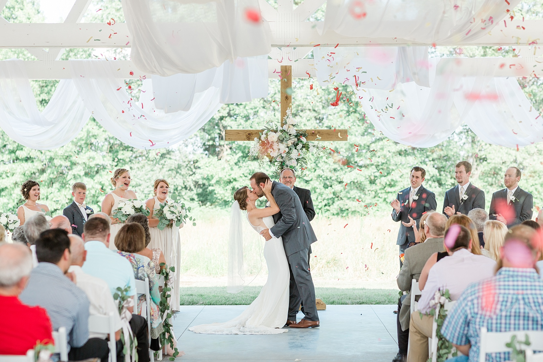 Wedding Ceremony with Confetti Pop at Emerson Fields Venue by Associate Wedding Photographer for Kelsi Kliethermes Photography Best Columbia Missouri and Maui Hawaii Wedding Photographer_0018.jpg