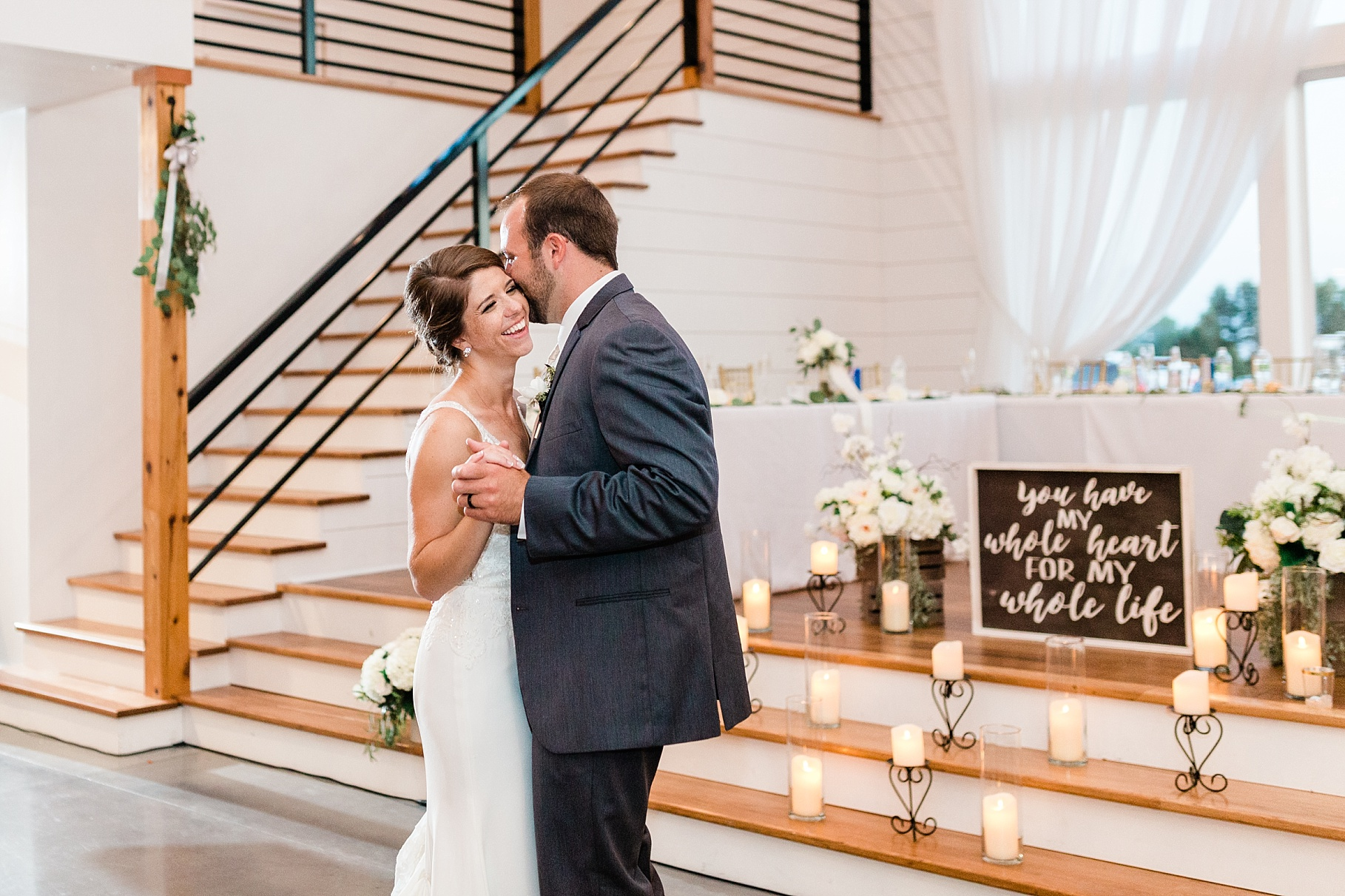 Wedding Ceremony with Confetti Pop at Emerson Fields Venue by Associate Wedding Photographer for Kelsi Kliethermes Photography Best Columbia Missouri and Maui Hawaii Wedding Photographer_0024.jpg