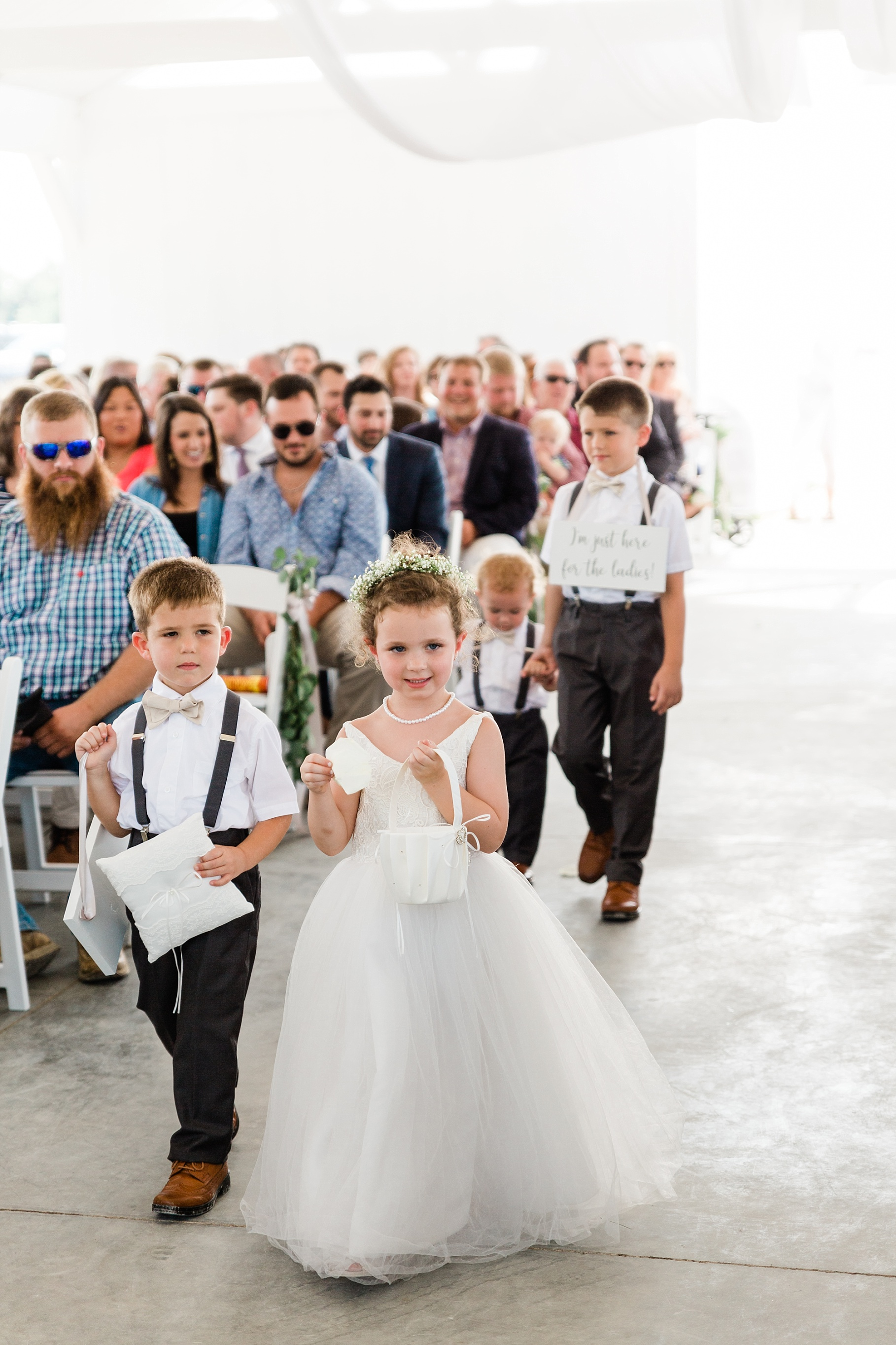 Wedding Ceremony with Confetti Pop at Emerson Fields Venue by Associate Wedding Photographer for Kelsi Kliethermes Photography Best Columbia Missouri and Maui Hawaii Wedding Photographer_0049.jpg