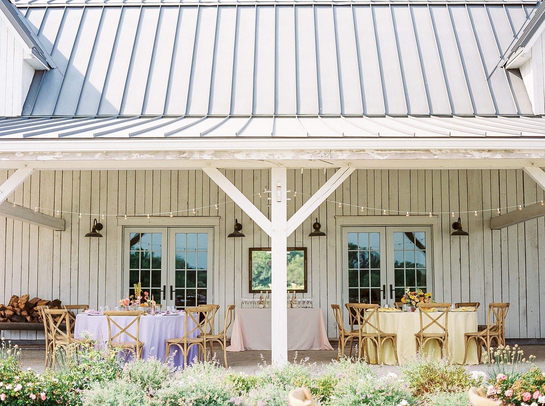 Late Summer Wedding With Pastel Toned Soiree at Blue Bell Farm by Kelsi Kliethermes Photography Best Columbia Missouri Wedding Photographer_0005.jpg