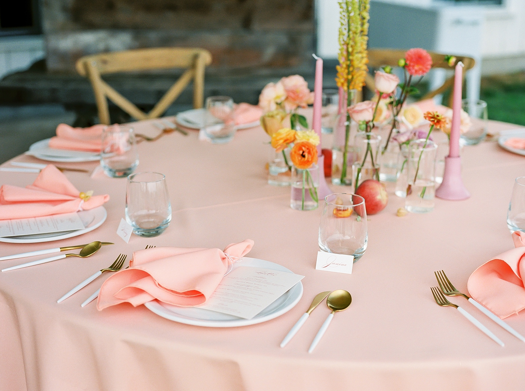 Late Summer Wedding With Pastel Toned Soiree at Blue Bell Farm by Kelsi Kliethermes Photography Best Columbia Missouri Wedding Photographer_0006.jpg