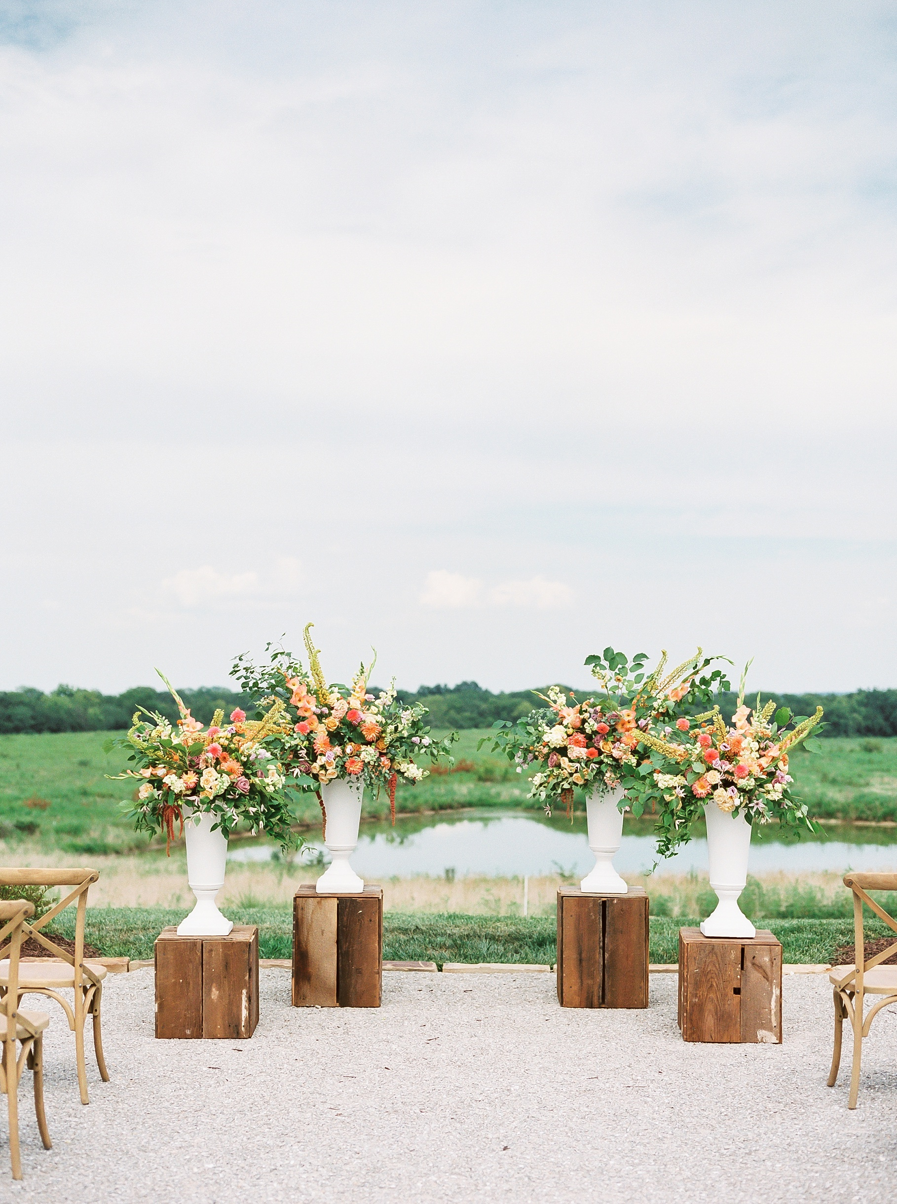Late Summer Wedding With Pastel Toned Soiree at Blue Bell Farm by Kelsi Kliethermes Photography Best Columbia Missouri Wedding Photographer_0082.jpg