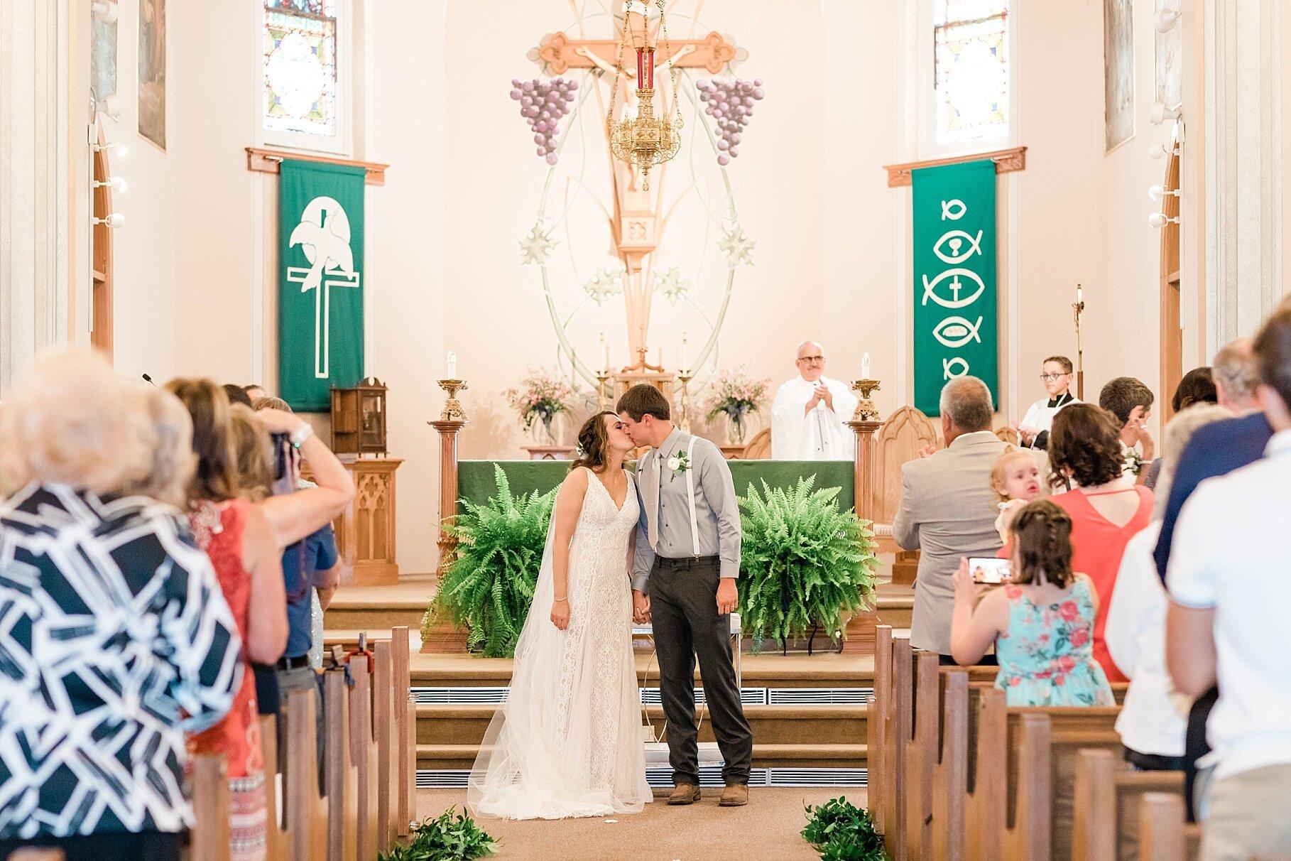 Earth-Toned Wedding by KKP Associate Wedding Photographer and Kelsi Kliethermes Photography Best Columbia Missouri Wedding Photographer_0001.jpg