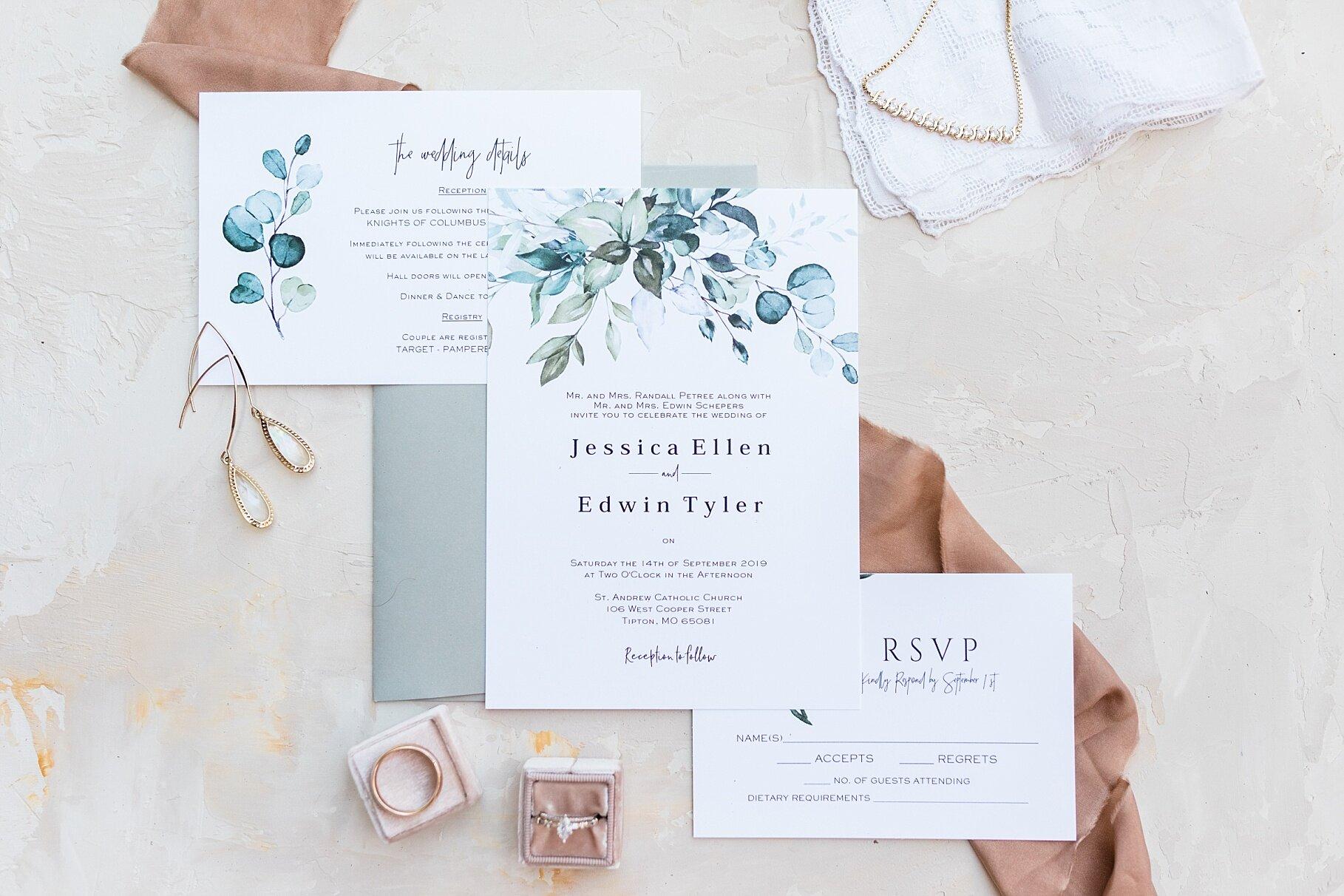 Earth-Toned Wedding by KKP Associate Wedding Photographer and Kelsi Kliethermes Photography Best Columbia Missouri Wedding Photographer_0016.jpg