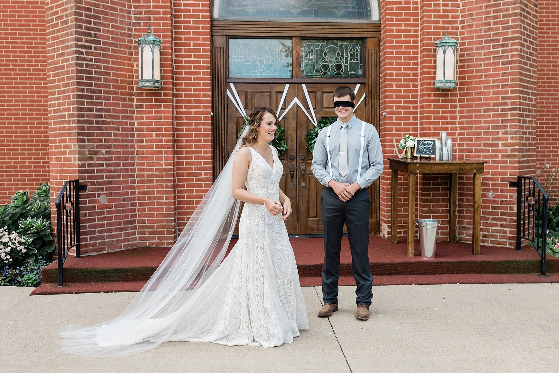Earth-Toned Wedding by KKP Associate Wedding Photographer and Kelsi Kliethermes Photography Best Columbia Missouri Wedding Photographer_0021.jpg