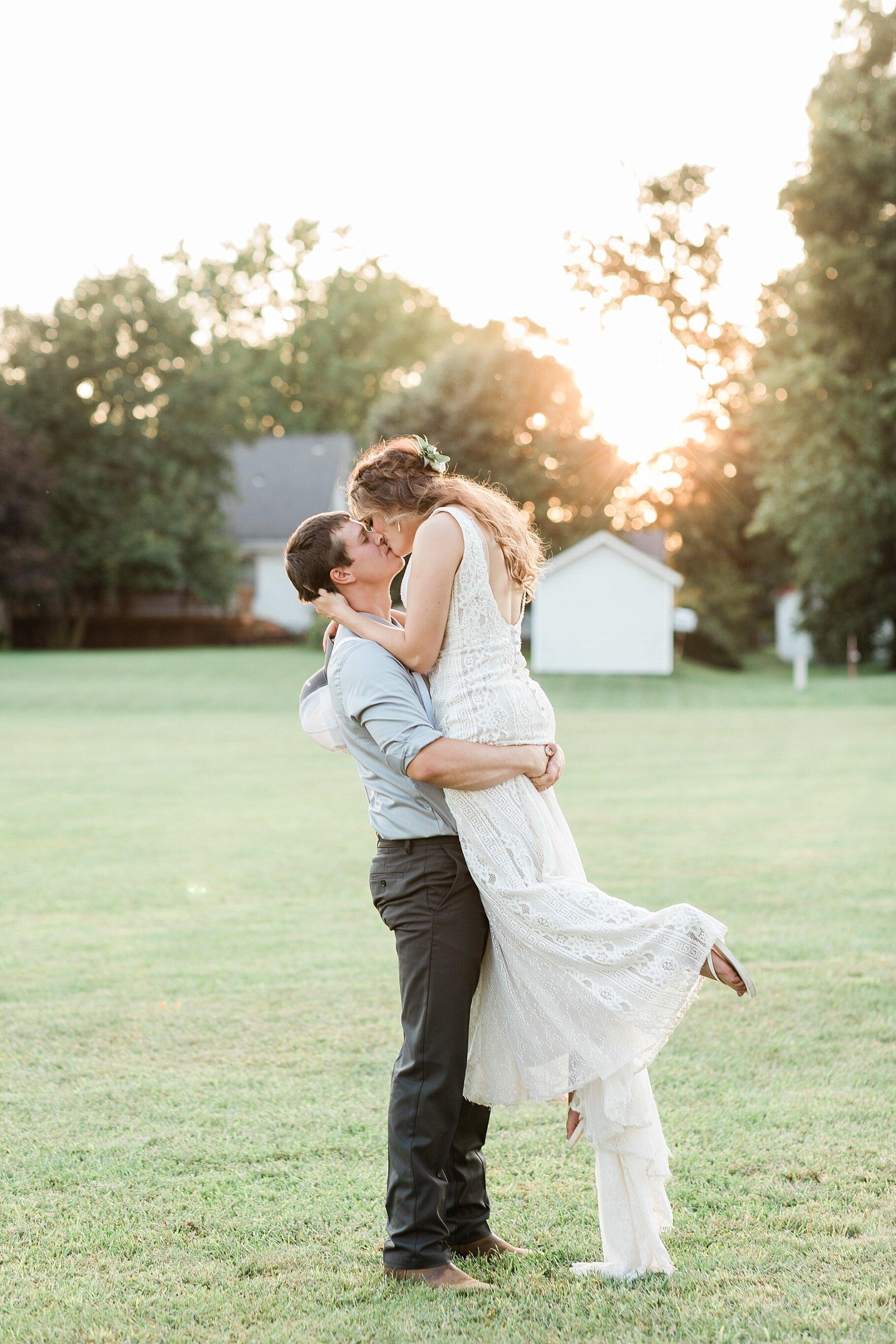 Earth-Toned Wedding by KKP Associate Wedding Photographer and Kelsi Kliethermes Photography Best Columbia Missouri Wedding Photographer_0040.jpg