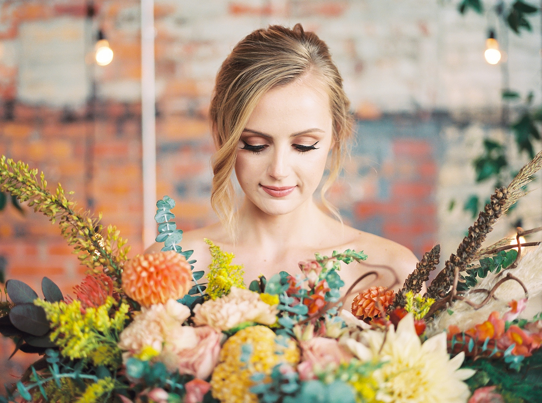 Urban Romance Wedding with Copper Accents at The Millbottom by Kelsi Kliethermes Photography Best Columbia Missouri Wedding Photographer_0005.jpg