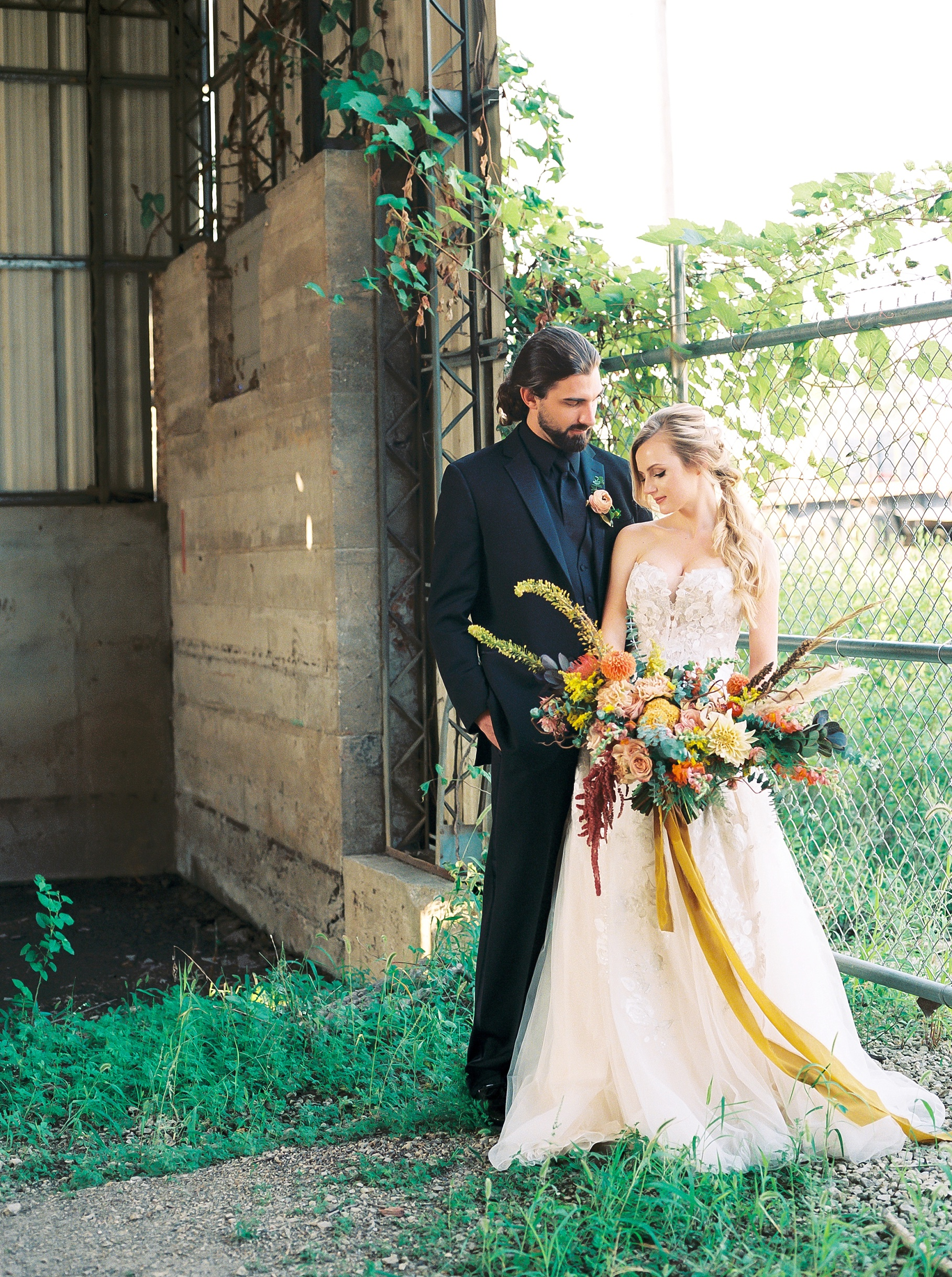 Urban Romance Wedding with Copper Accents at The Millbottom by Kelsi Kliethermes Photography Best Columbia Missouri Wedding Photographer_0068.jpg