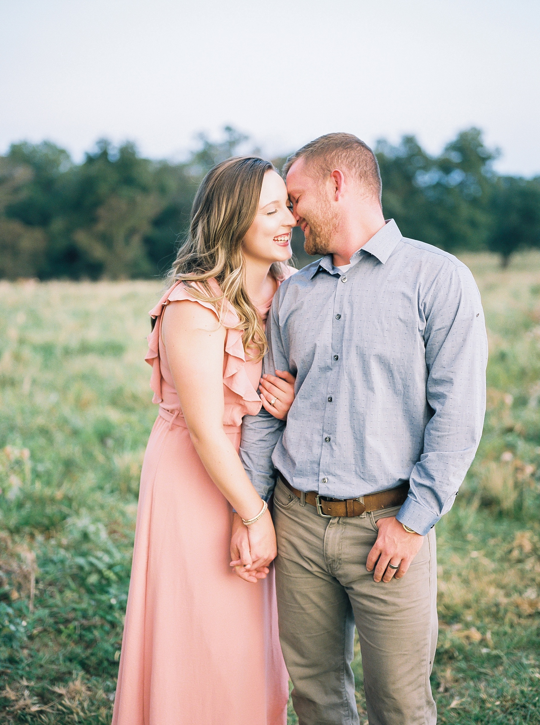 Rebecca and Travis by Kelsi Kliethermes Photography Best Columbia Missouri Wedding Photographer_0021.jpg