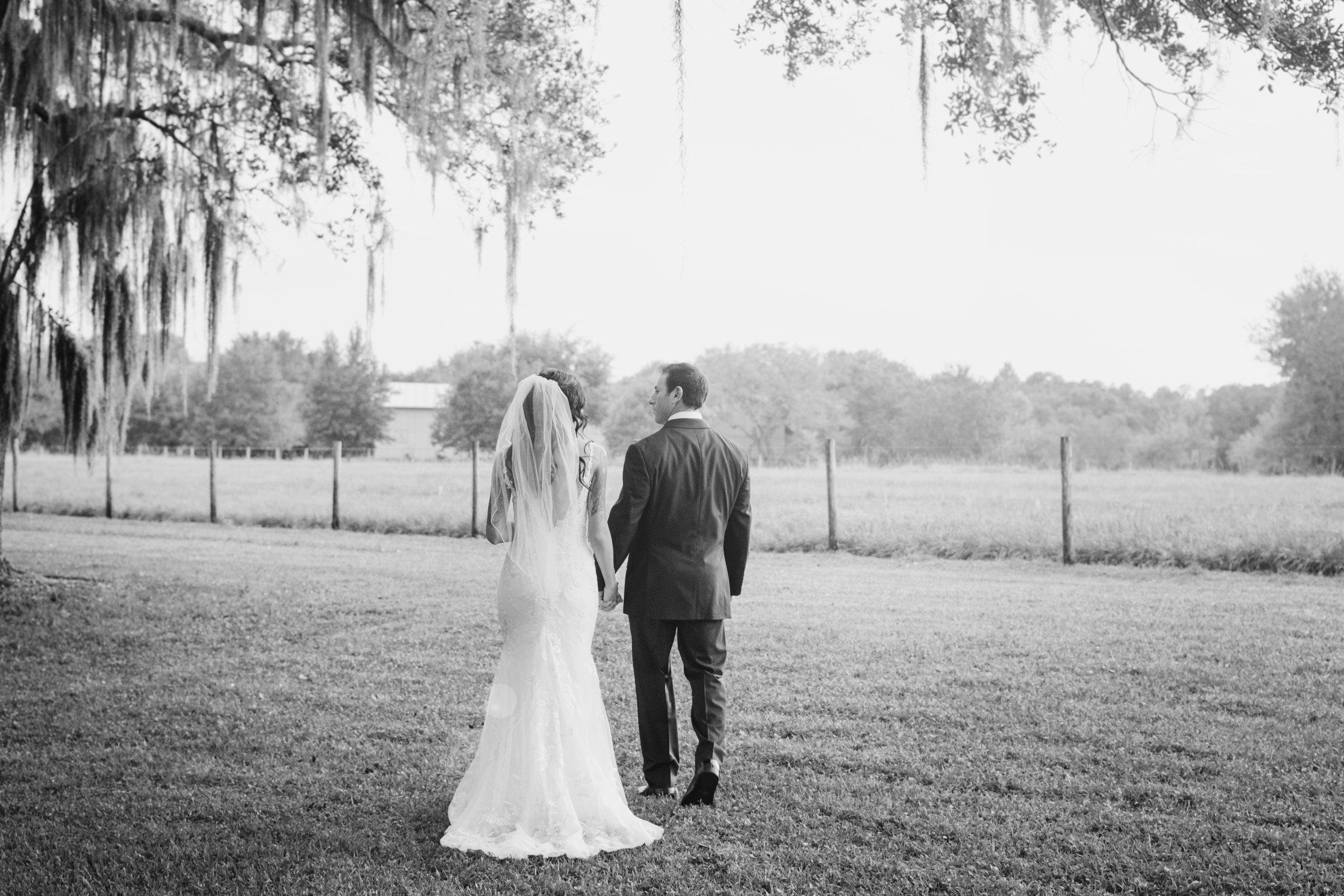 Erin + Mike - The Oaks at Windsong - Sarasota Wedding Photography - Couple Photos - Emily & Co. Photography (15).jpg