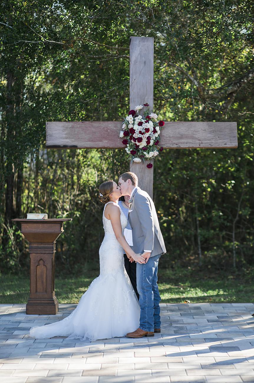 Alisha + Erik - The White Barn Wedding Photography - Preview Photos - Emily & Co1.jpg