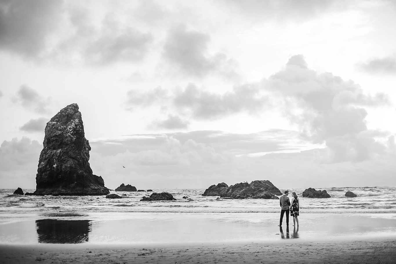 Amanda + Matt - Oregon Coast Engagement Photographer - Destination Elopement Photographer - Emily & Co. Photography (6).jpg