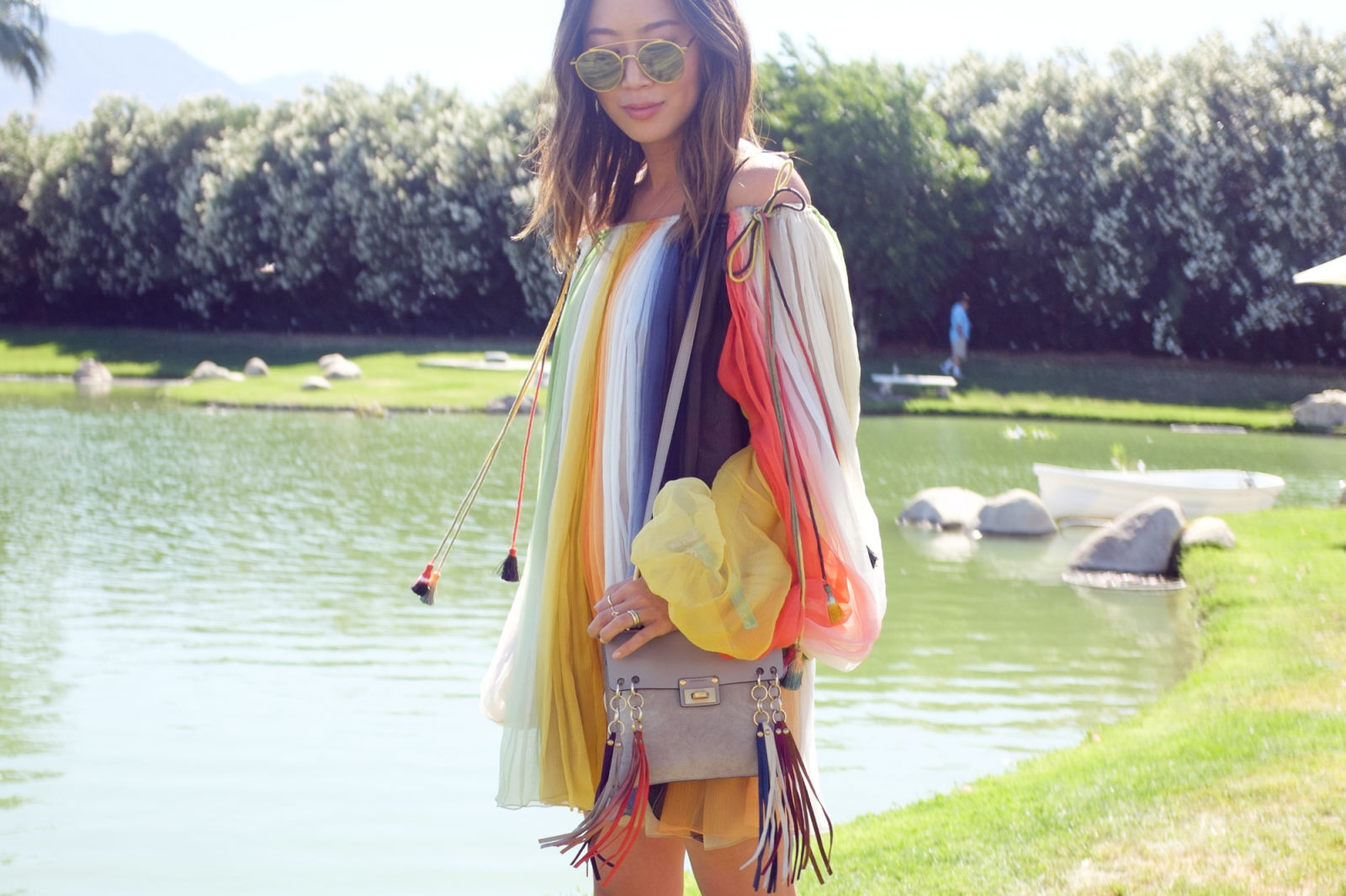 elle-coachella16-day2-039_1.jpg