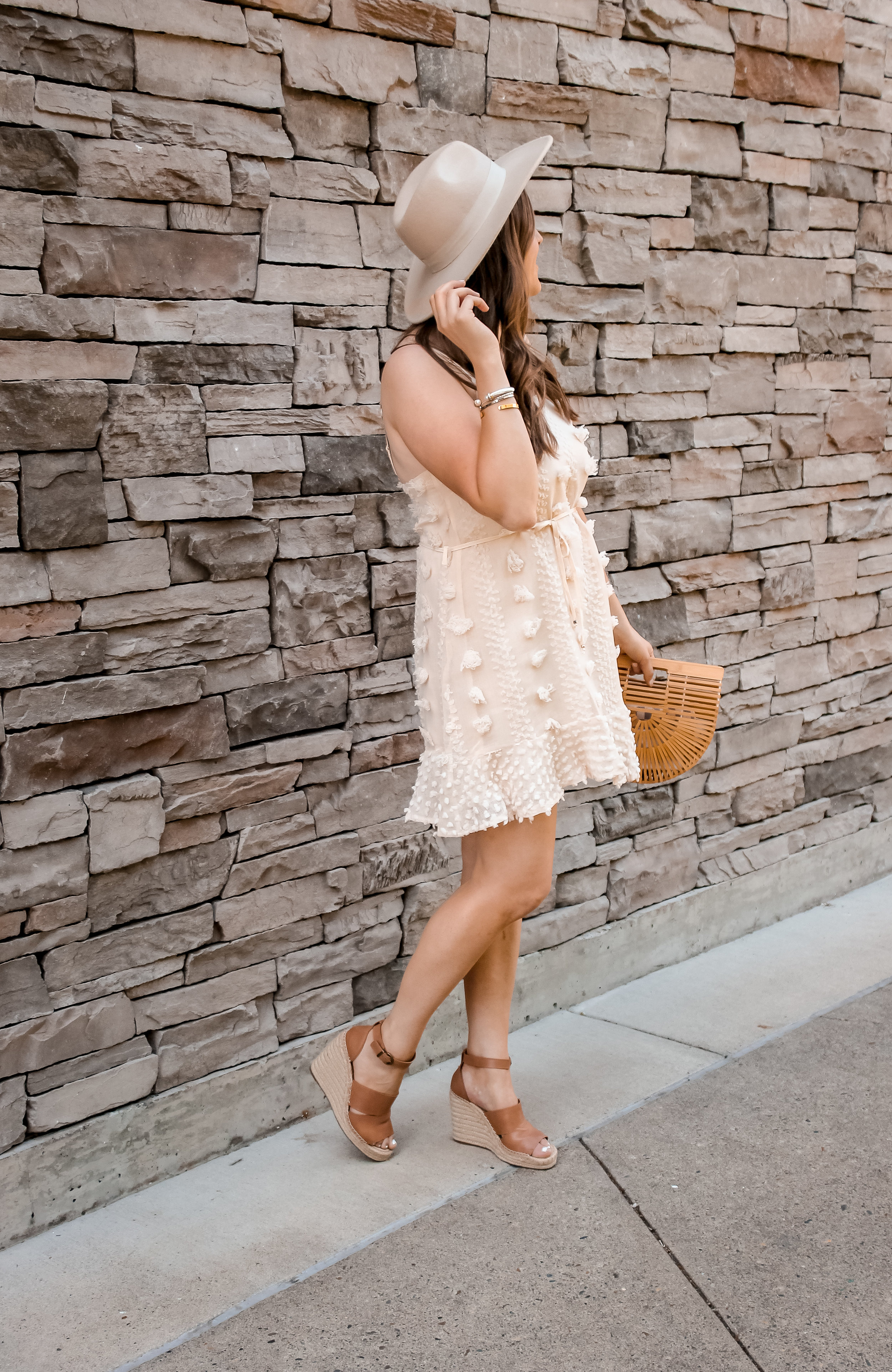 Affordable Baby Shower Dress Ideas