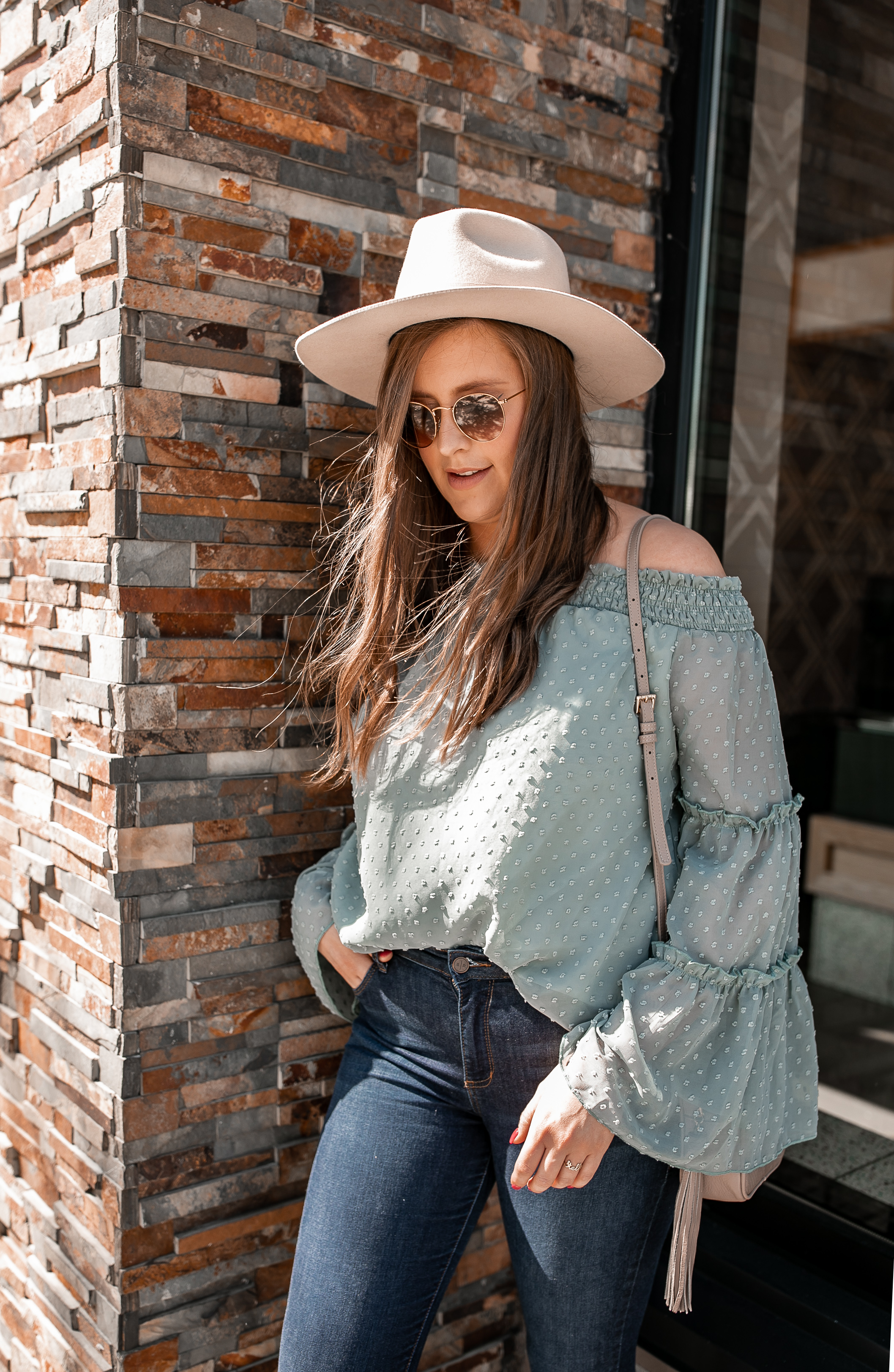Affordable Off The Shoulder Top @stylebyjulianne