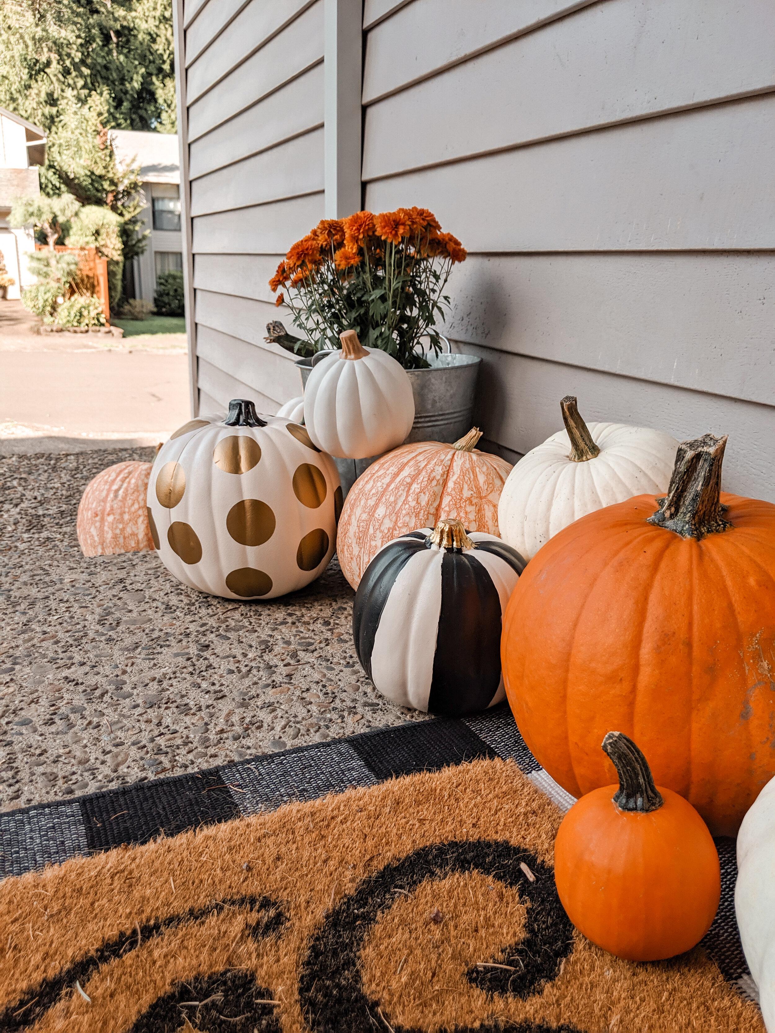 Halloween Front Door Decor Ideas