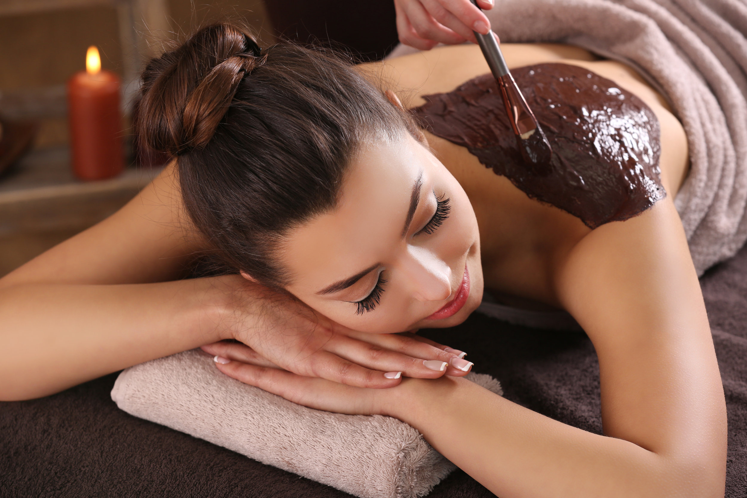 Body Therapy - Body brushing, salt scrubs and mineral mud to clear and hydrate your skin, leaving it smooth and soft.