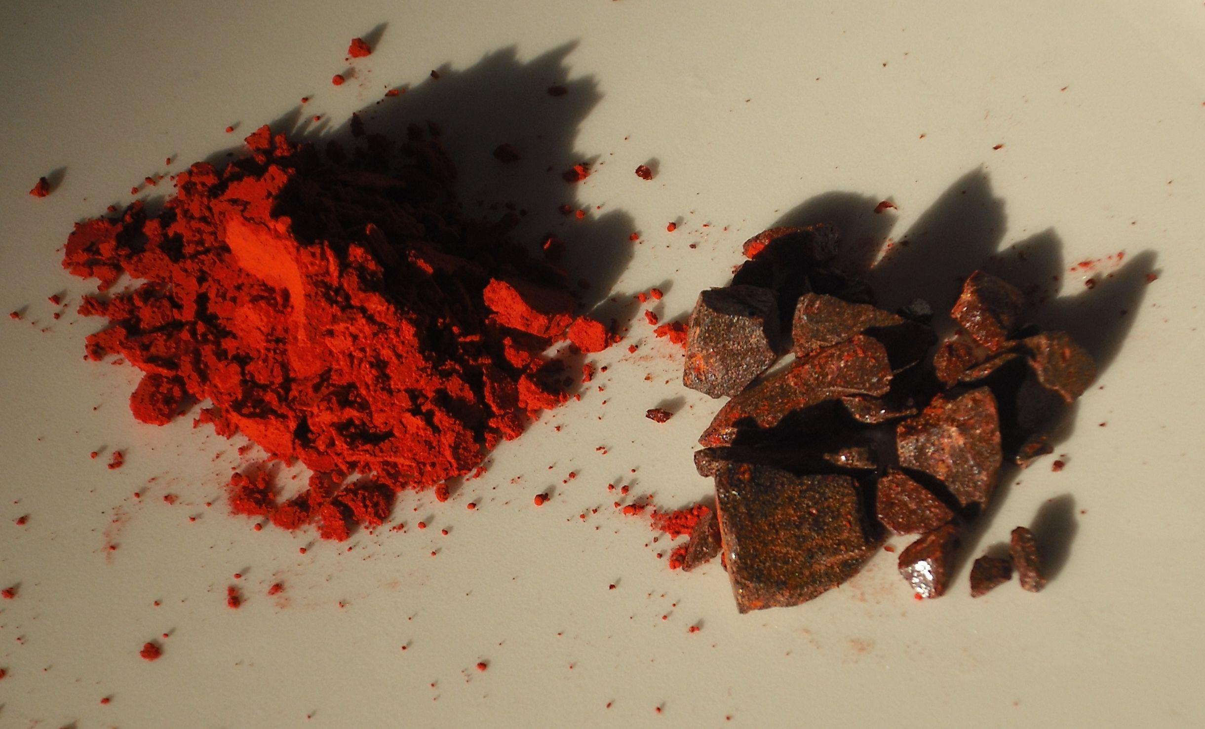 Dragon's_blood_(Daemomorops_draco).jpg