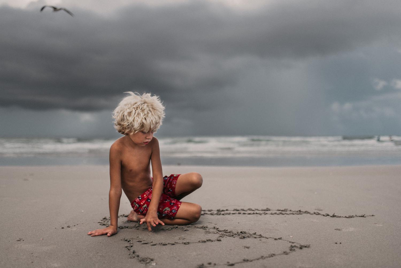 twyla-jones-photography-child-boy-beach