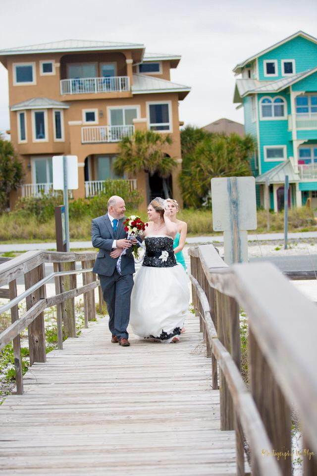 Afordable weddings in Pensacola.jpg
