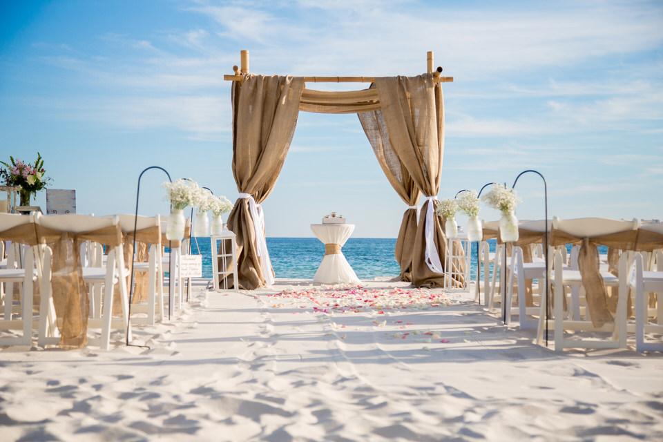Burlap Wedding Gulf Shores .jpg