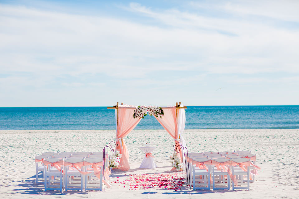 Setup beach wedding