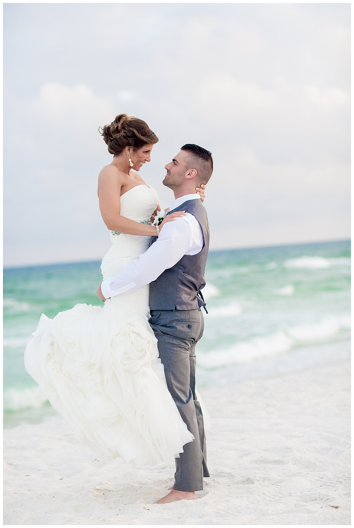 Wedding Poses for Bride and groom