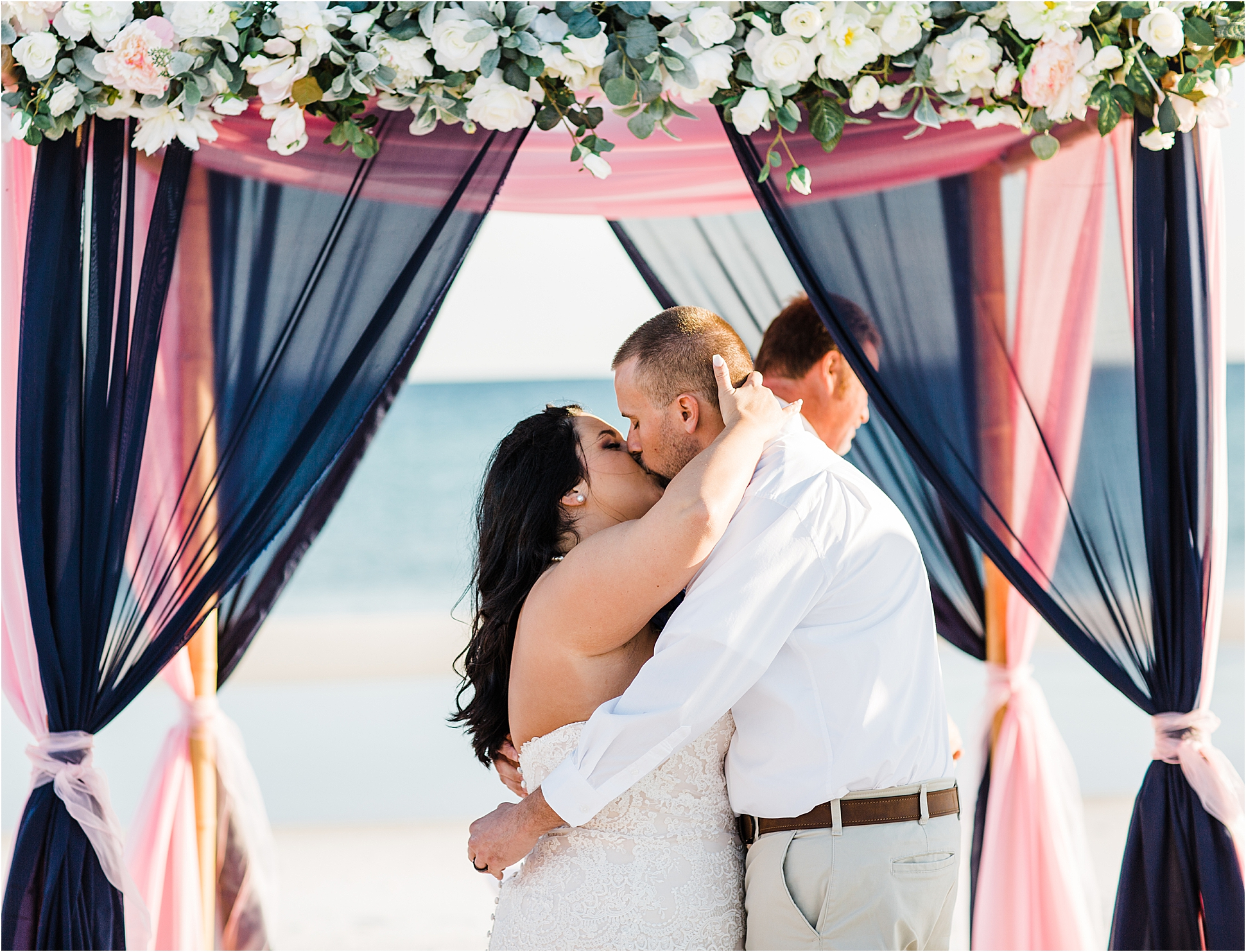 First kiss on the beach