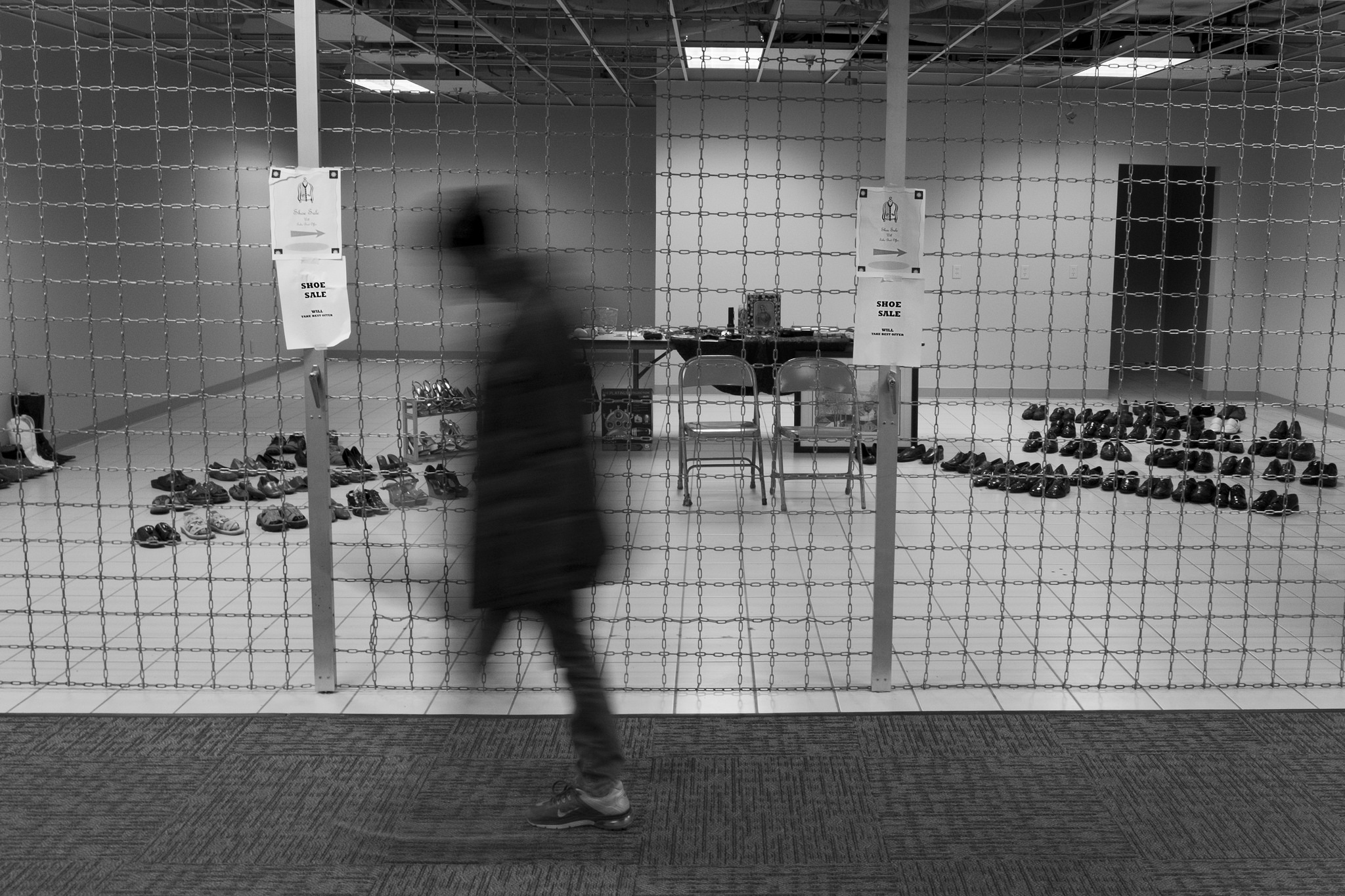 Skywalk 7/10 - Shoe Sale - © 2016 Michael F. Hiatt