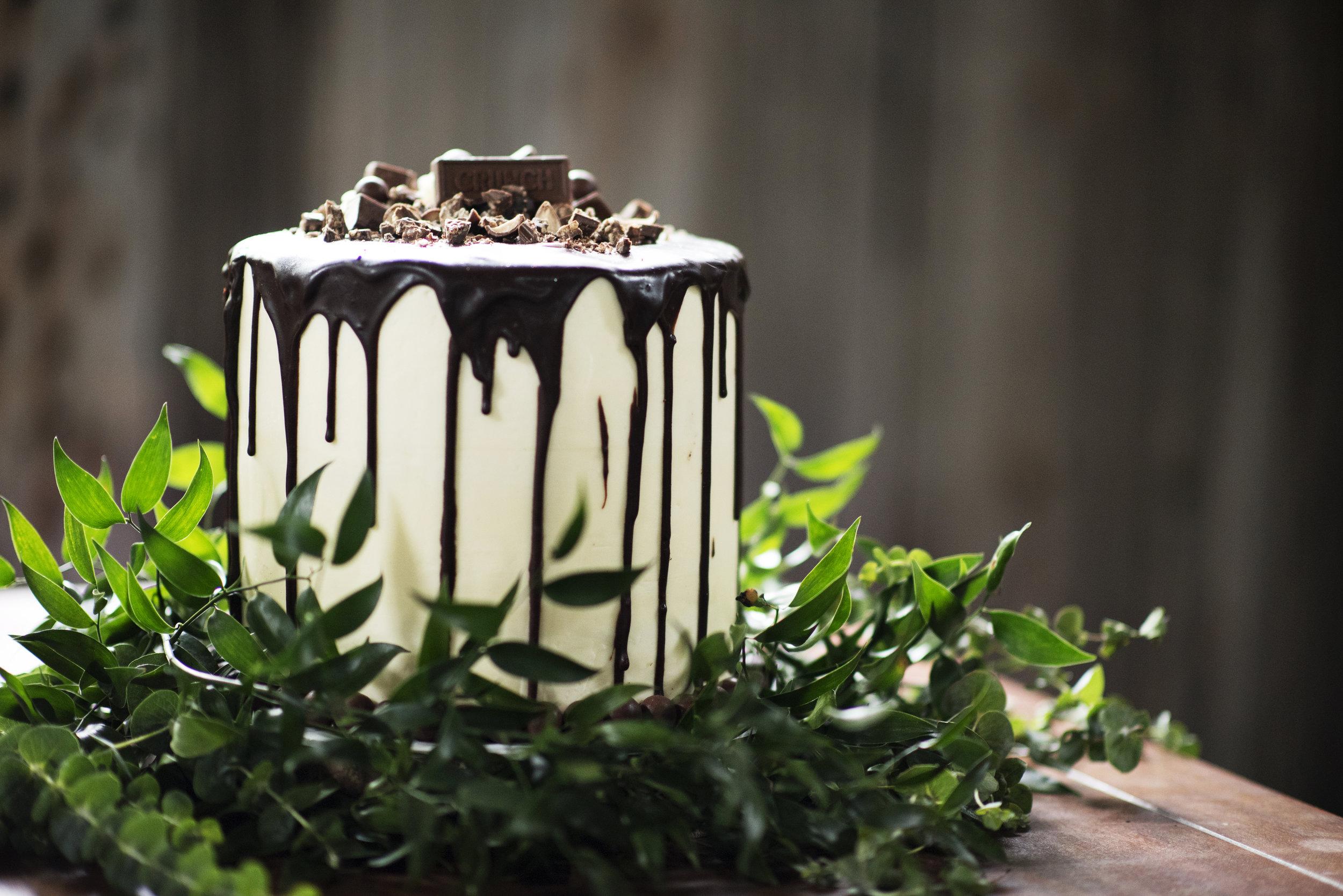 Calvin-wedding-chandelier-grove-tomball-tx-ashleigh-rodriguez-photography-60.jpg