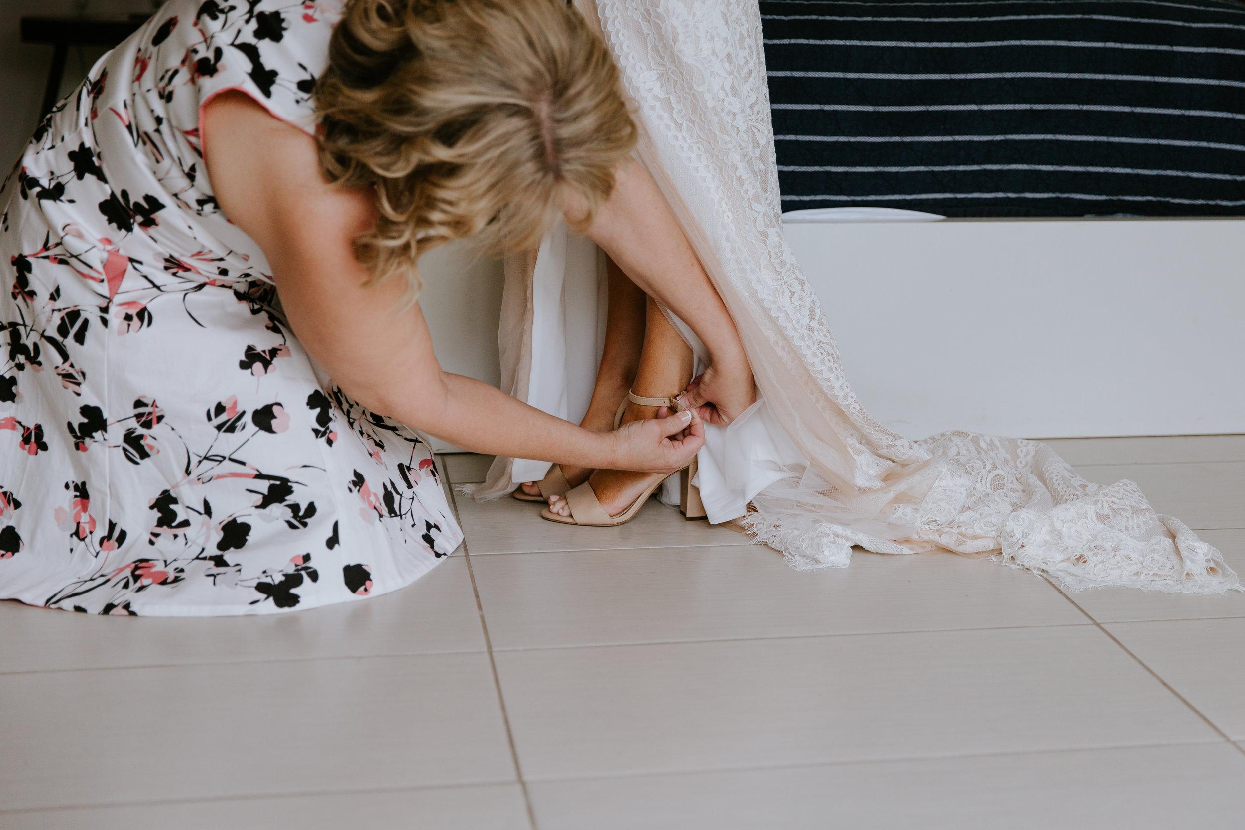 2019-05-26_Callie-Evan_Wedding_Joshua Tree_Paige Nelson_PREVIEWS HR-17.jpg
