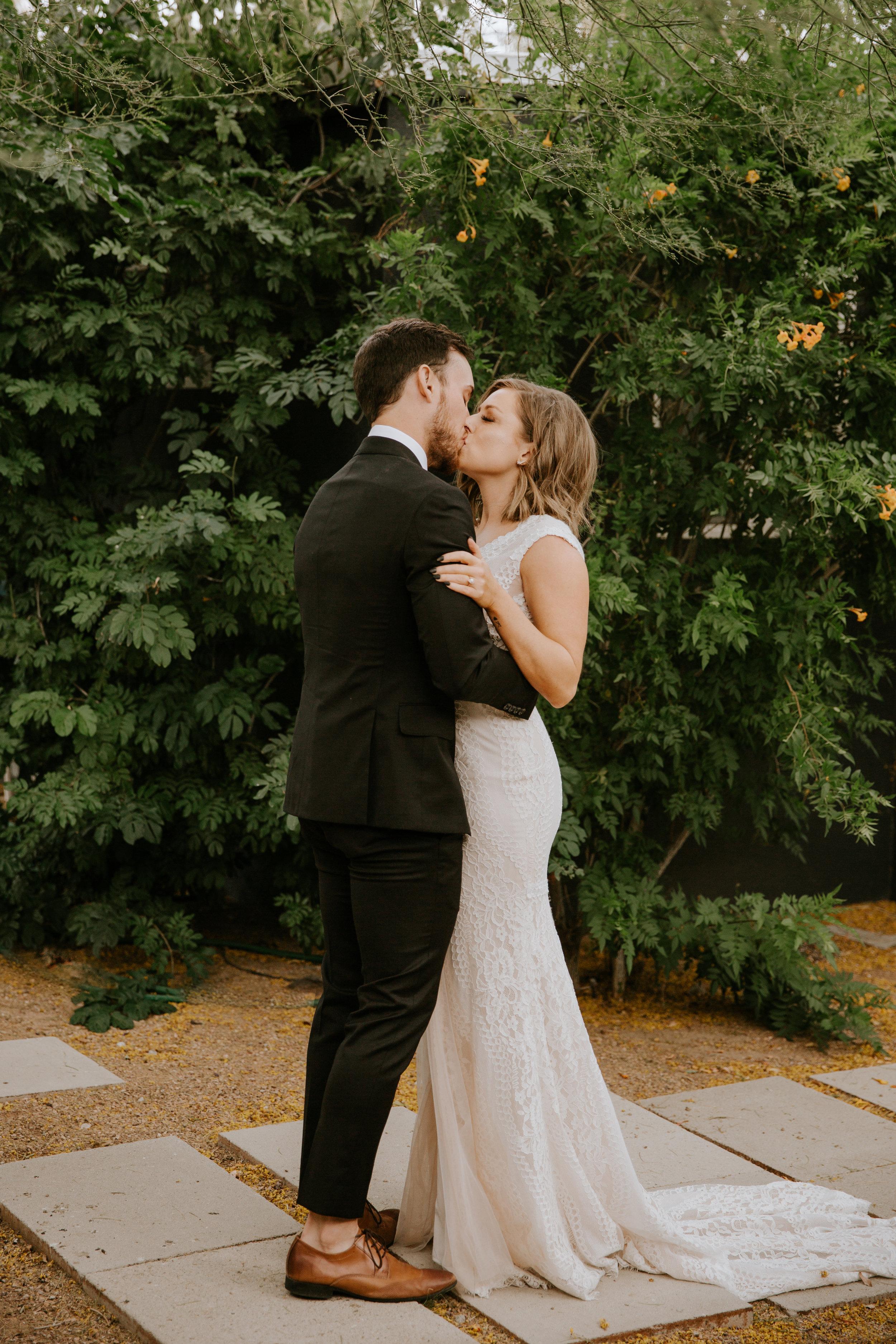 2019-05-26_Callie-Evan_Wedding_Joshua Tree_Paige Nelson_PREVIEWS HR-21.jpg