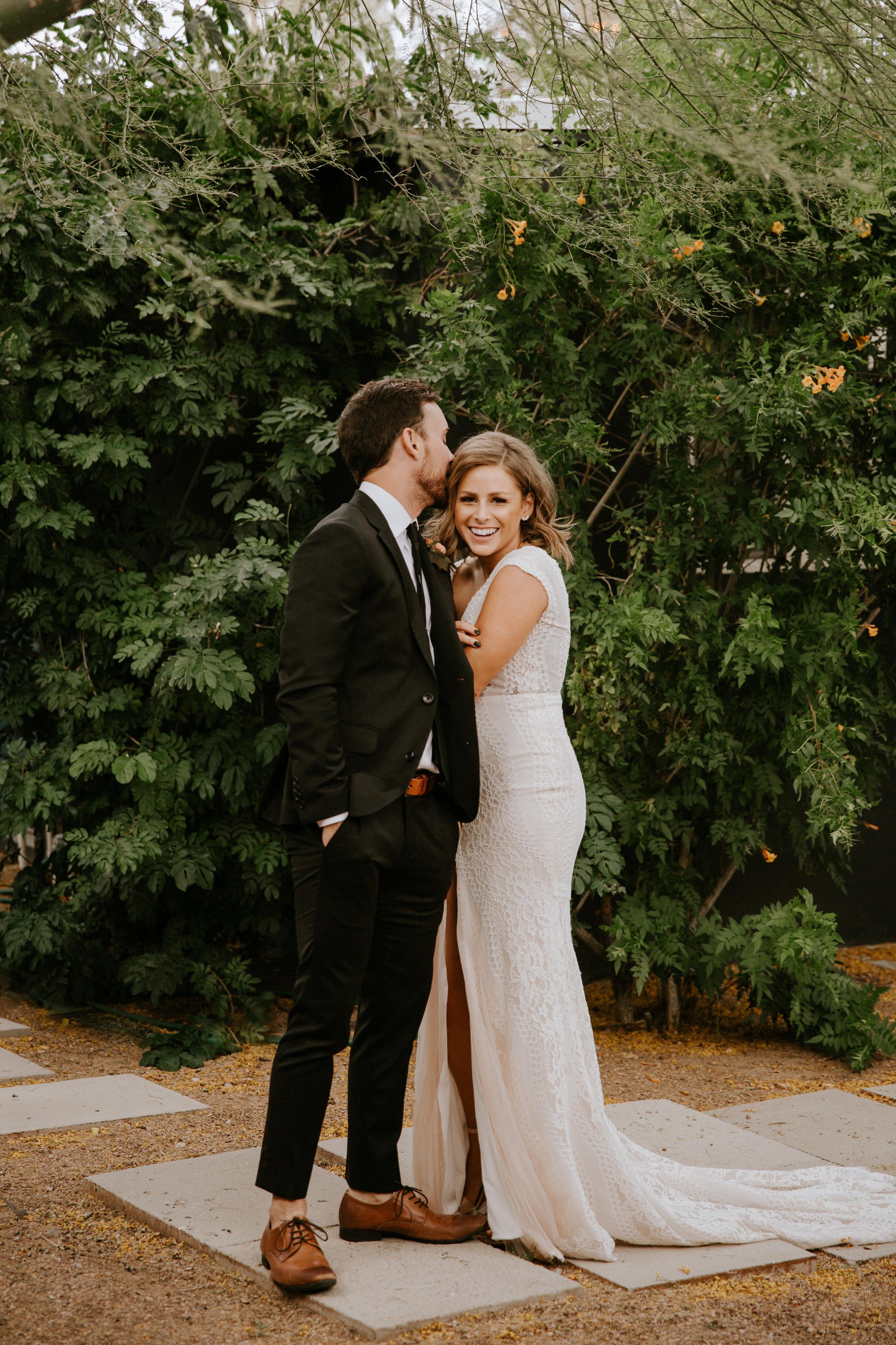2019-05-26_Callie-Evan_Wedding_Joshua Tree_Paige Nelson_PREVIEWS HR-23.jpg