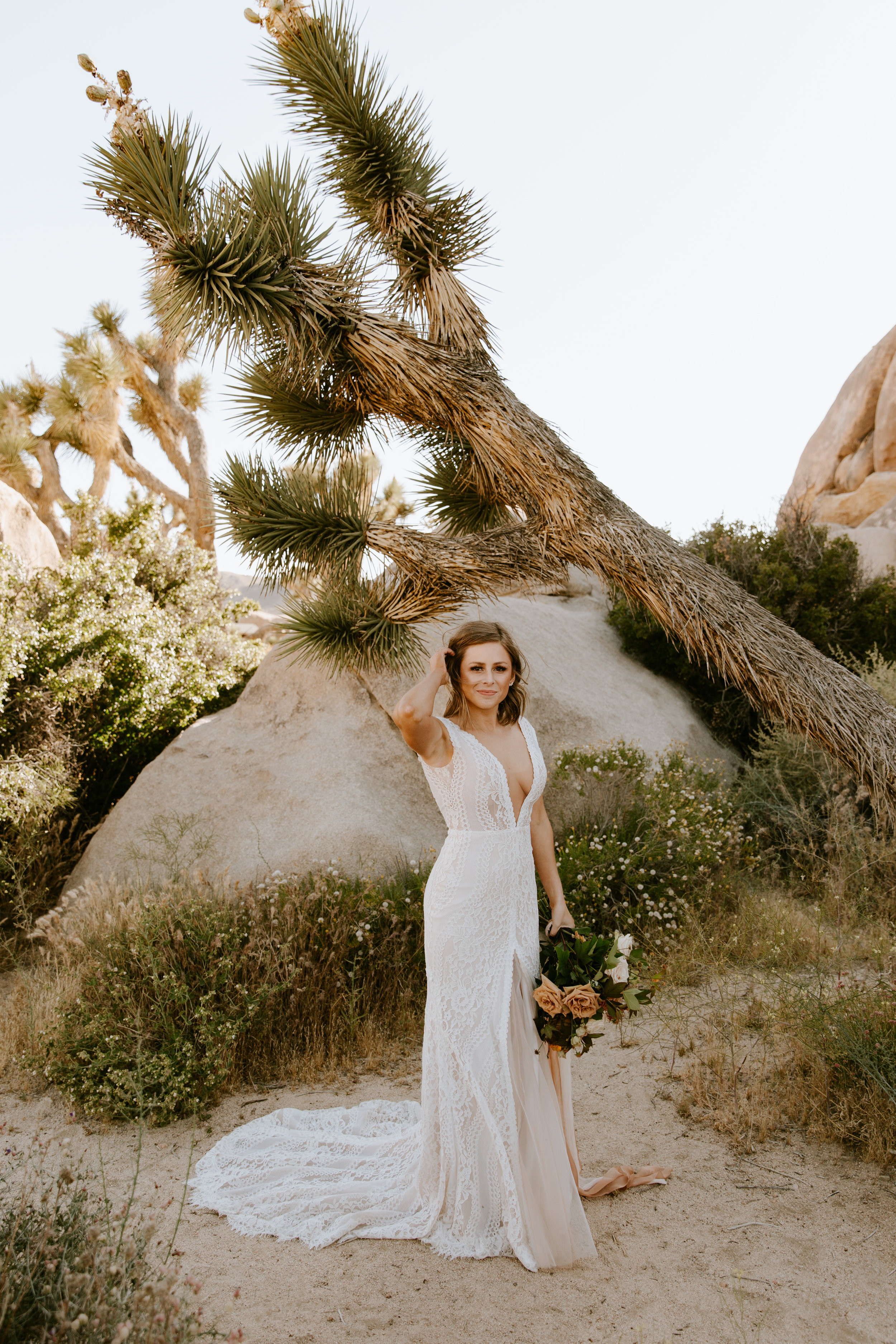 2019-05-26_Callie-Evan_Wedding_Joshua Tree_Paige Nelson_PREVIEWS HR-36.jpg