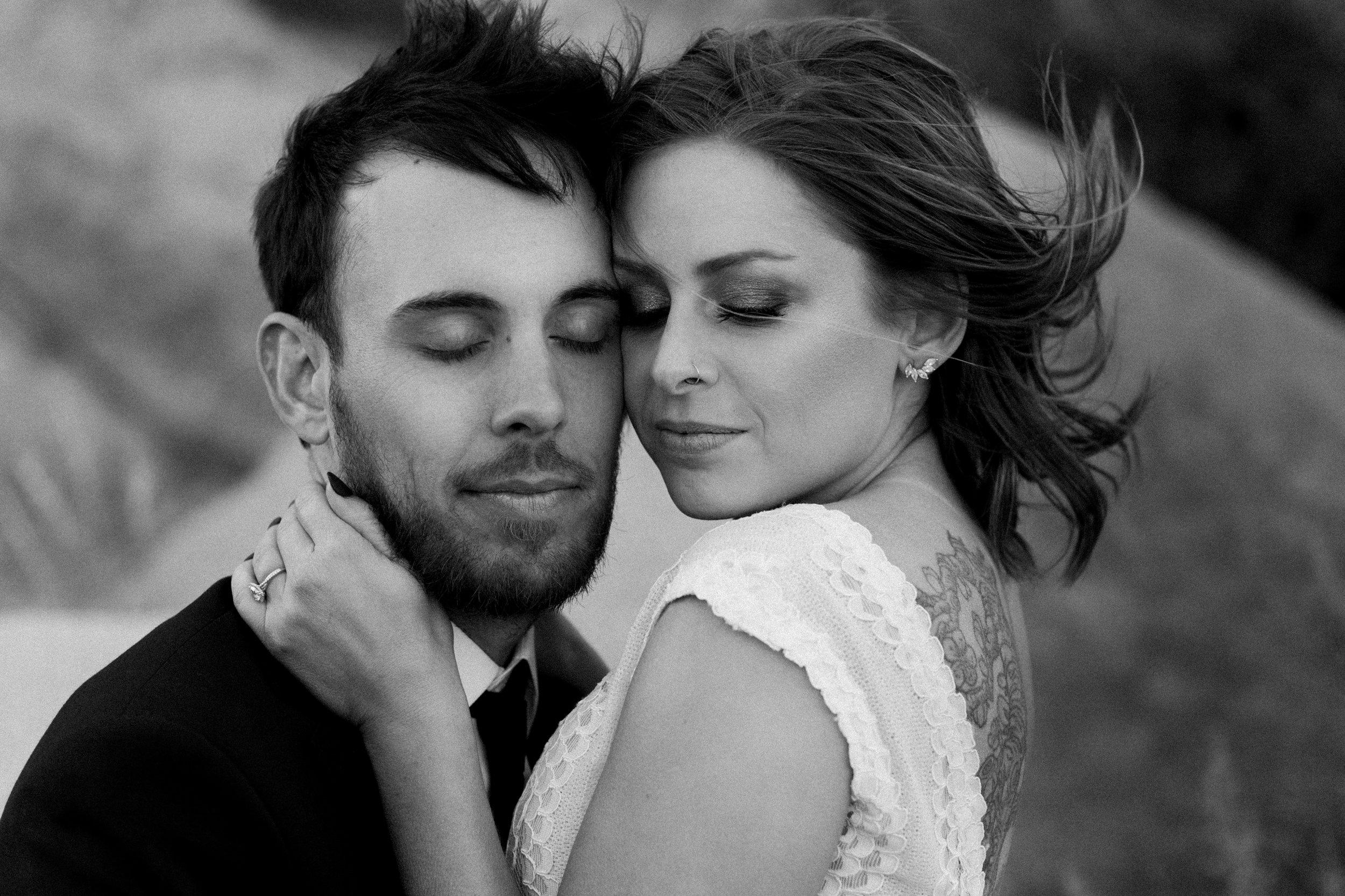 2019-05-26_Callie-Evan_Wedding_Joshua Tree_Paige Nelson_PREVIEWS HR-60.jpg