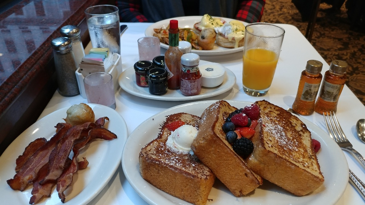 Breakfast is the most important meal of the day, especially when it's covered in powdered sugar and maple syrup!  Load up on breakfast for dinner today like our travelers in San Francisco, Happy National French Toast Day!