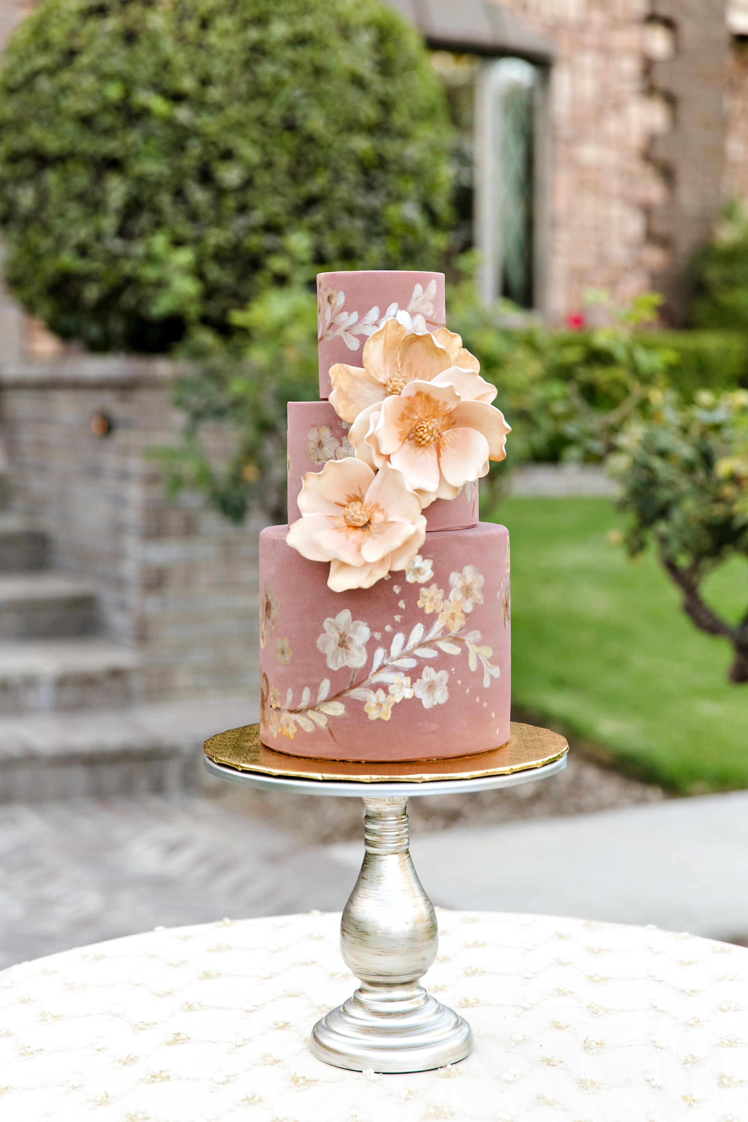 Cake Table-0003.jpg