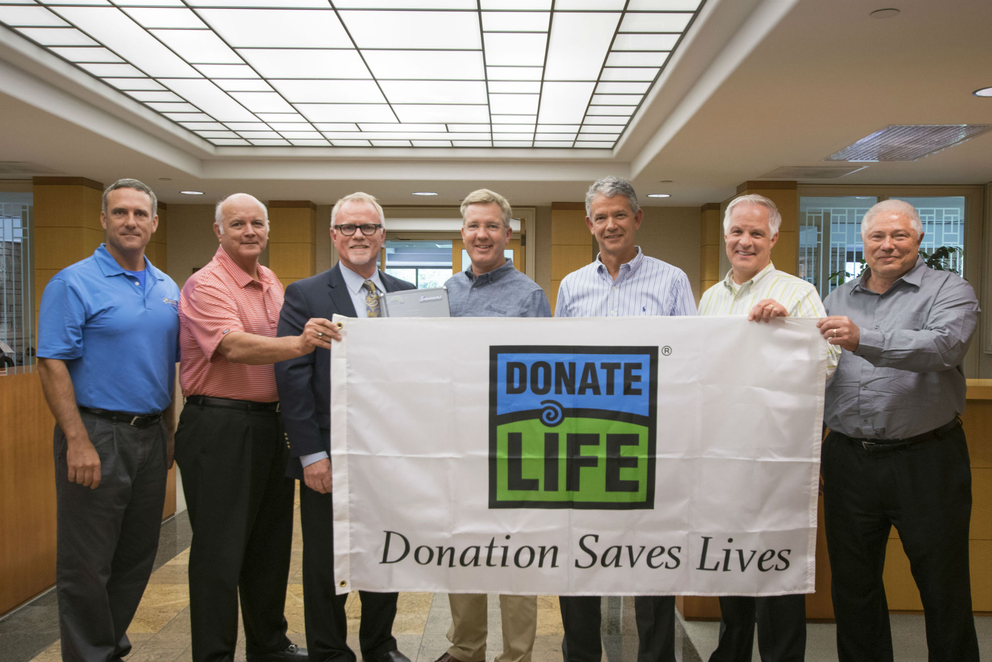 [From Left] David Jackson, President/COO Simmons Pet Food, Gary Murphy, President/COO Simmons Prepared Foods, Alan Cochran, President/Executive Director ARORA, Todd Simmons, CEO Simmons Foods, Dan Houston, Chief Human Resources Officer, Simmons Foods, and Jerry Laster, Chief Strategy Officer (Everyone pictured here is a registered organ donor)