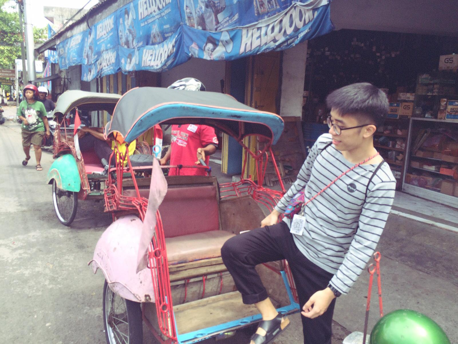 Trying out the becak