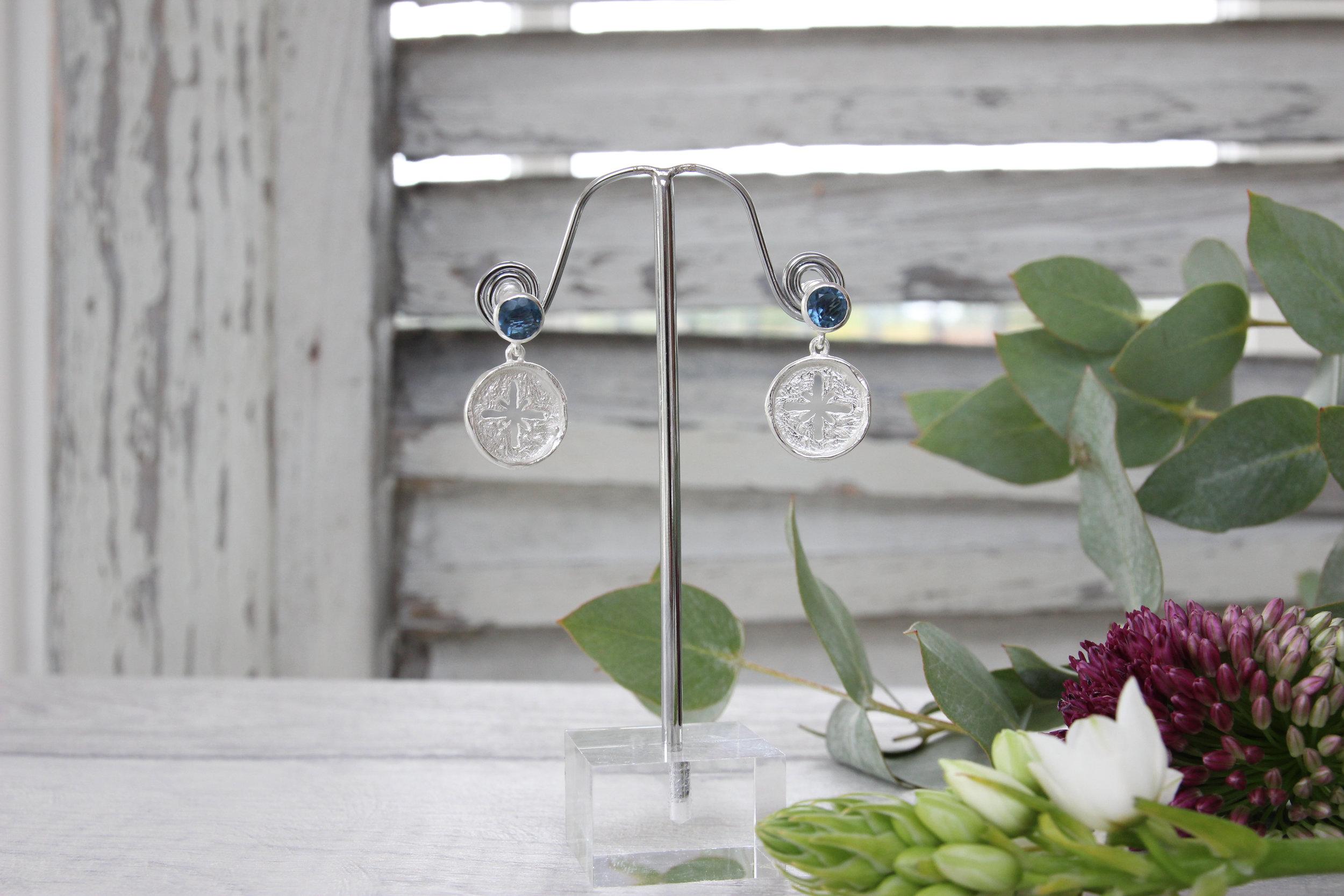 Blue coin earings4.jpg