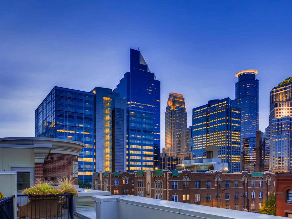 531 S 10th St Minneapolis MN-MLS_Size-048-47-Views-1024x768-72dpi.jpg