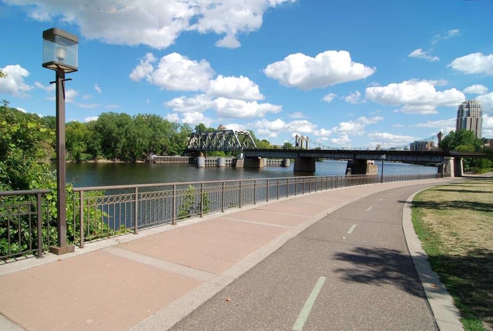 301-W-River-Pkwy-#104 (1).jpg