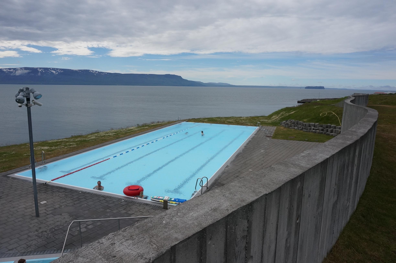 Swimming pool Hofsos